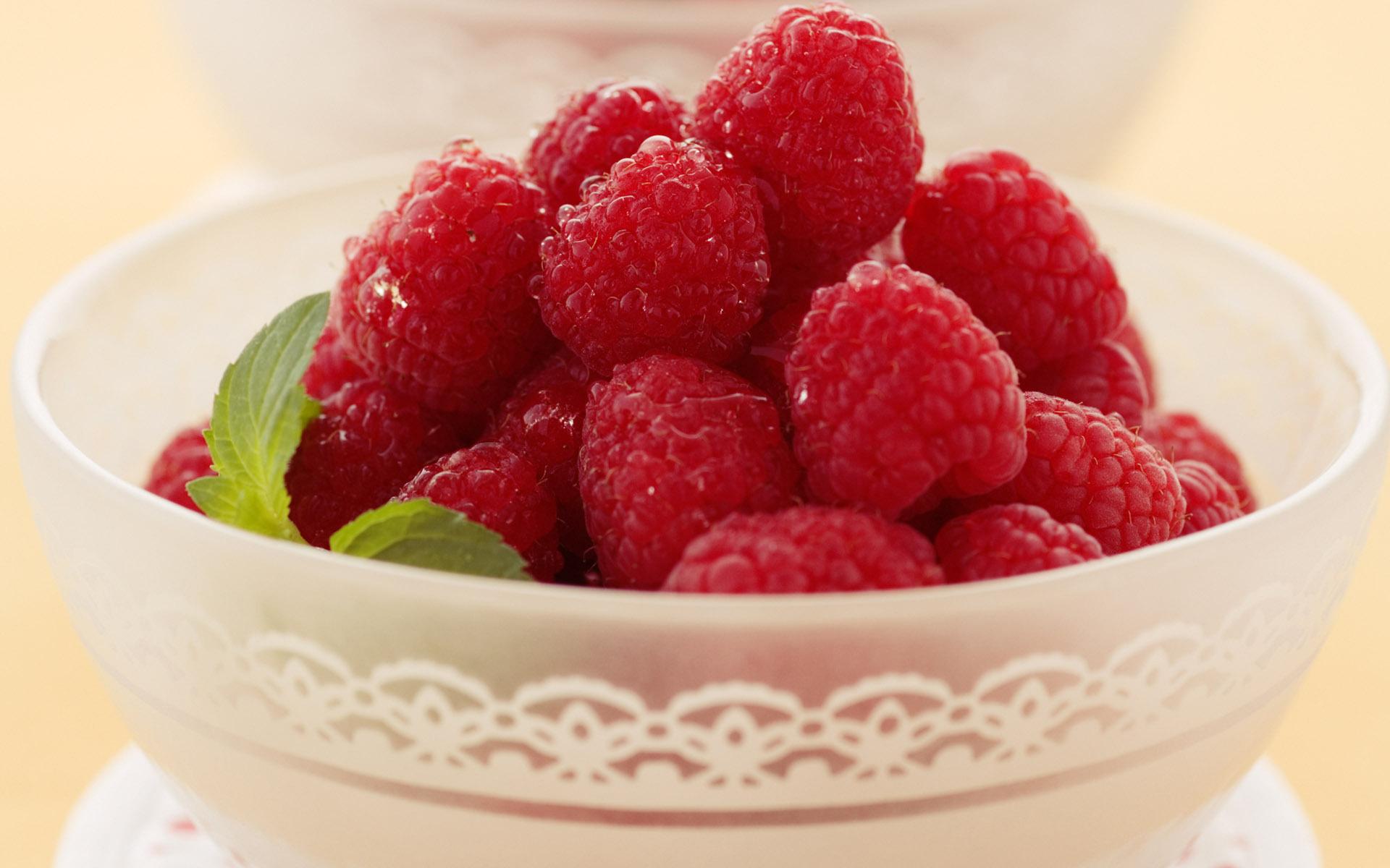 еда малина ягоды  № 2884520 бесплатно