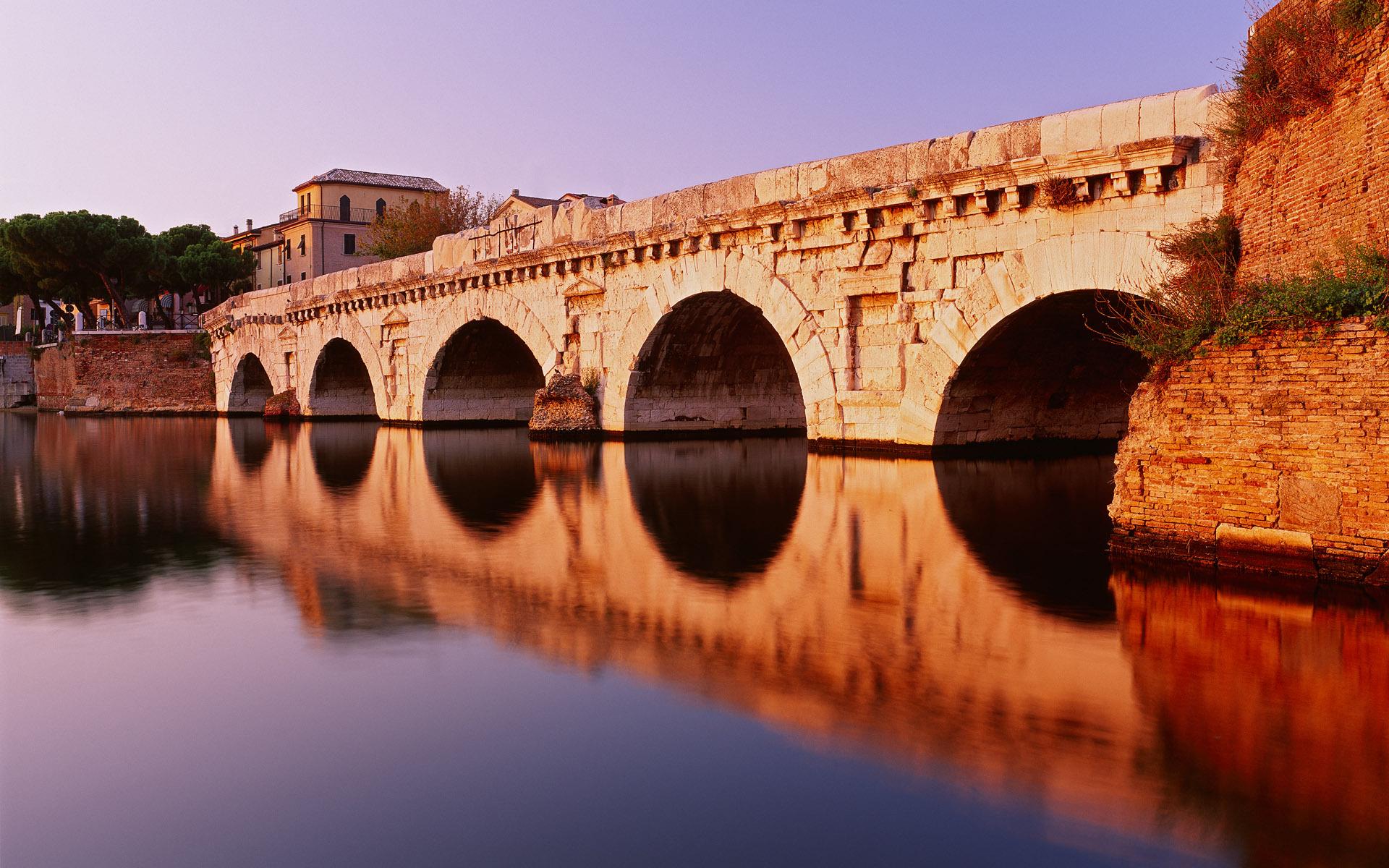 Город мост через реку  № 3713165 бесплатно