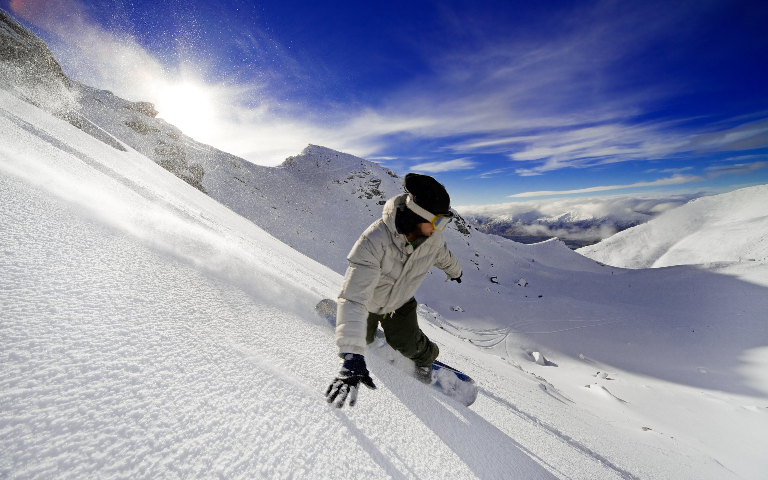 сноубордист вираж снег солнце  № 3559609 без смс