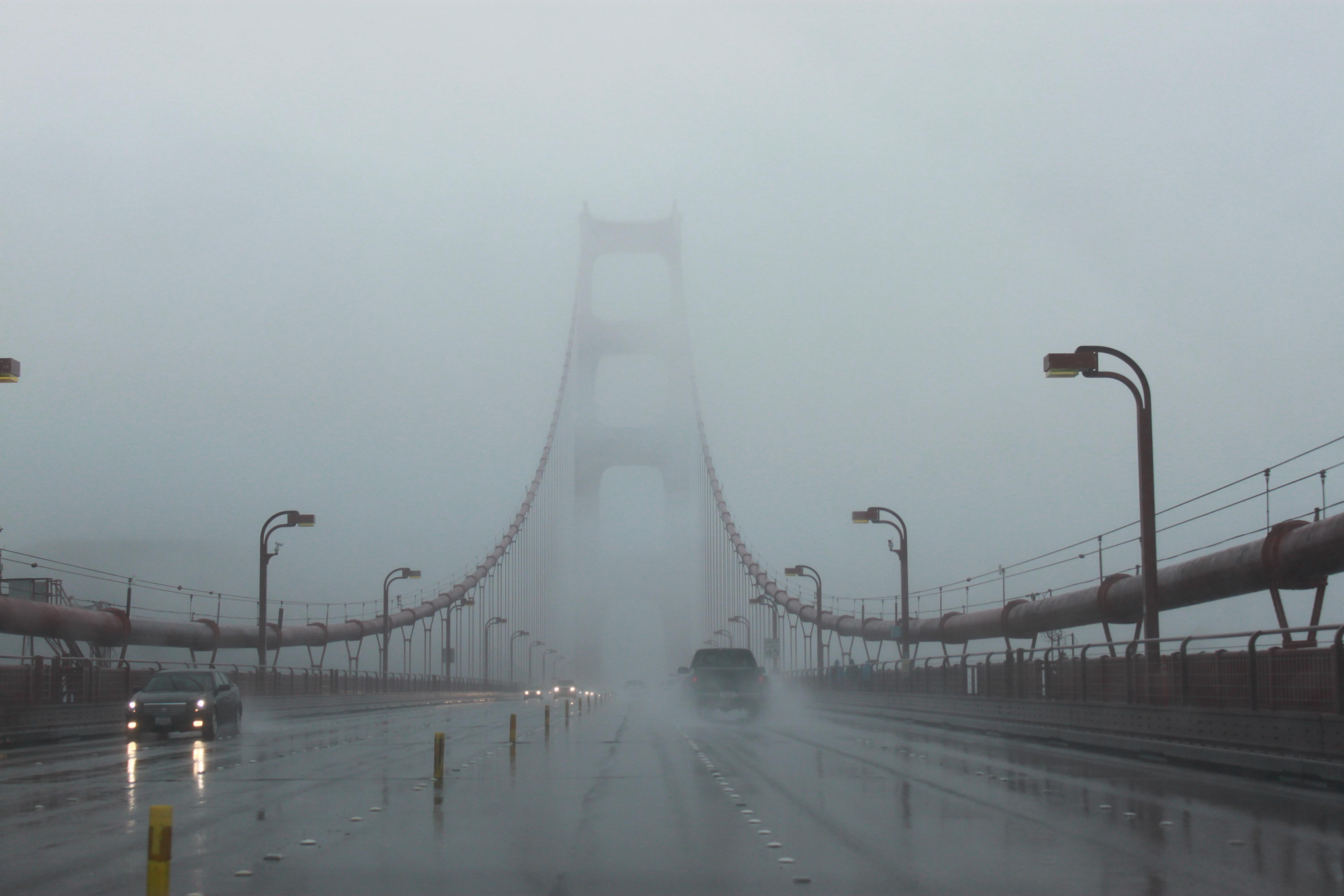 мост к обрыву  № 444719 бесплатно