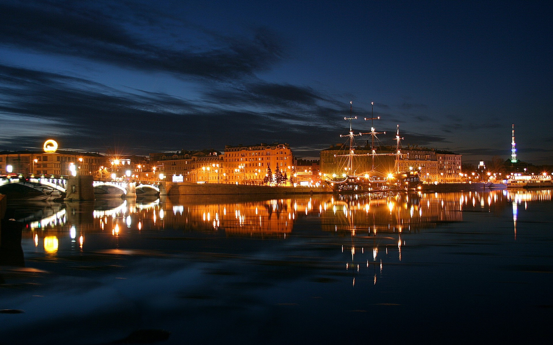 город ночь освещение отражение  № 3927597  скачать