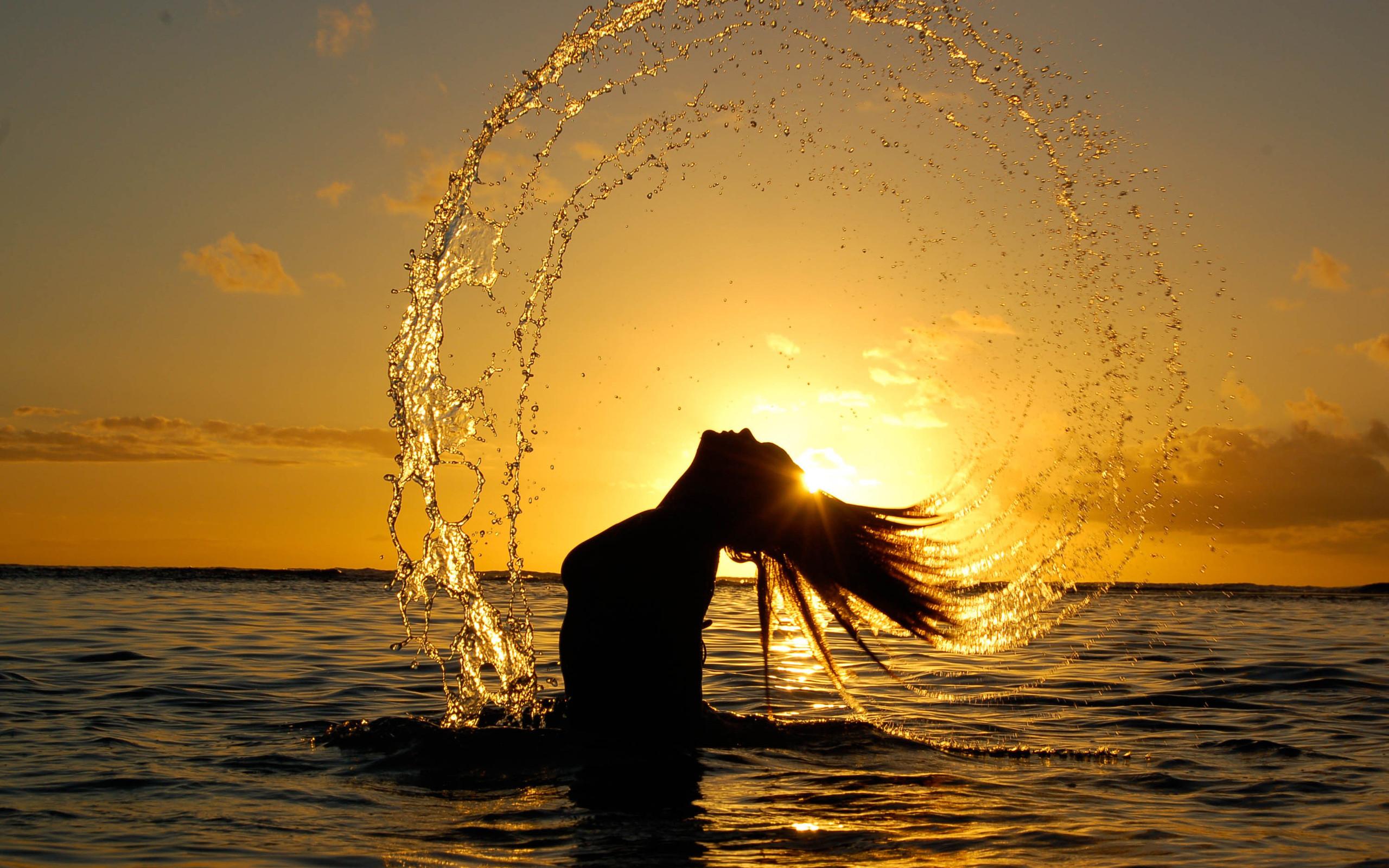 Закат море девушка картинки
