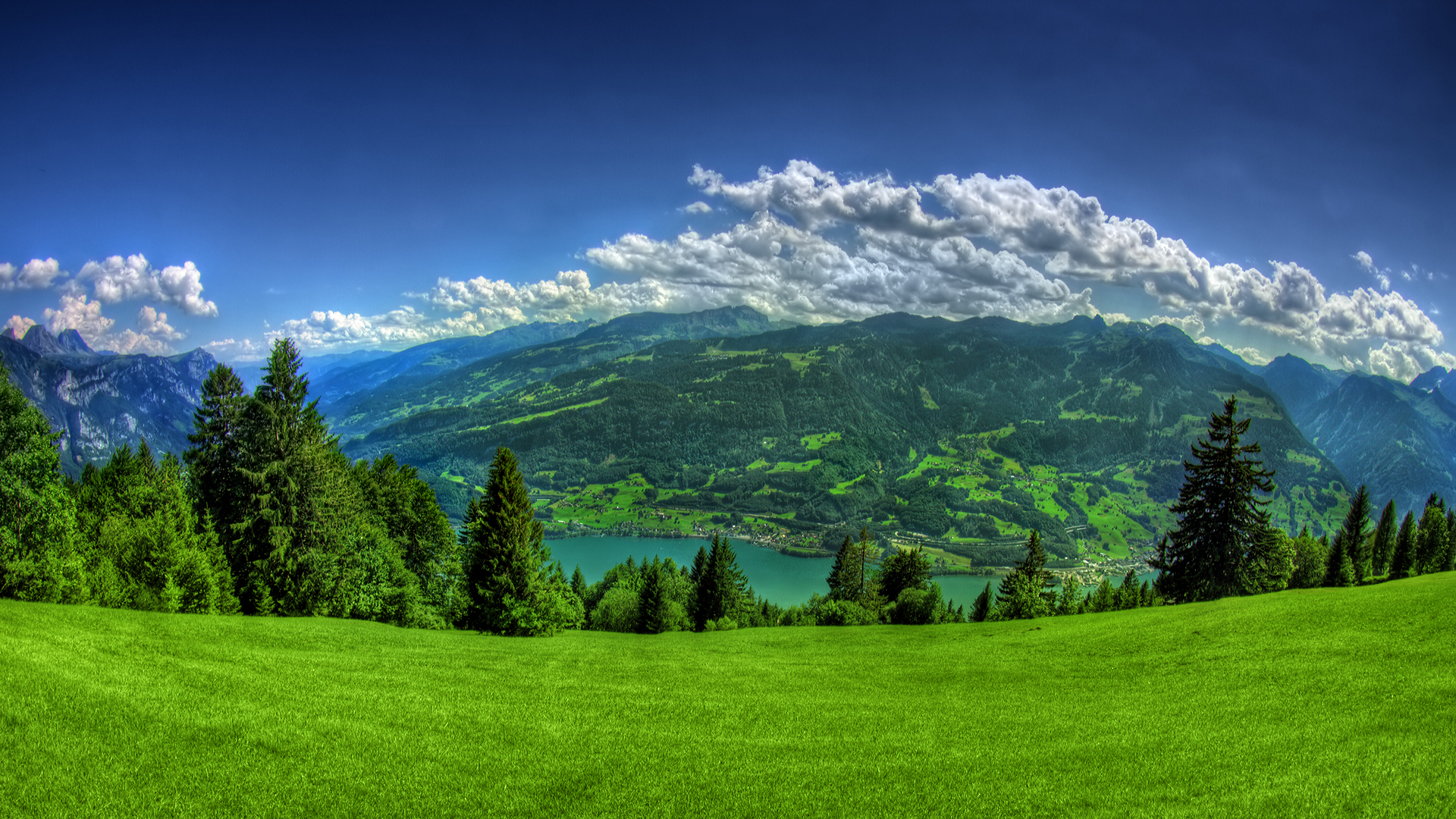 Гора зеленая картинки