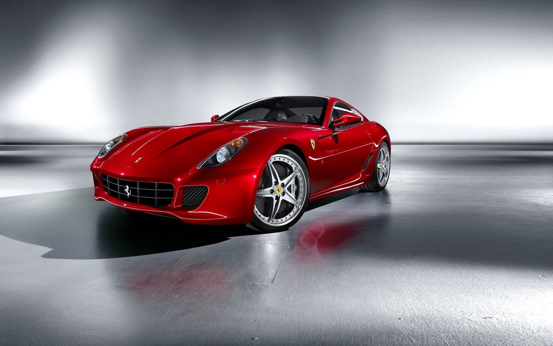 Автомобиль красный Ferrari  № 2893599 бесплатно