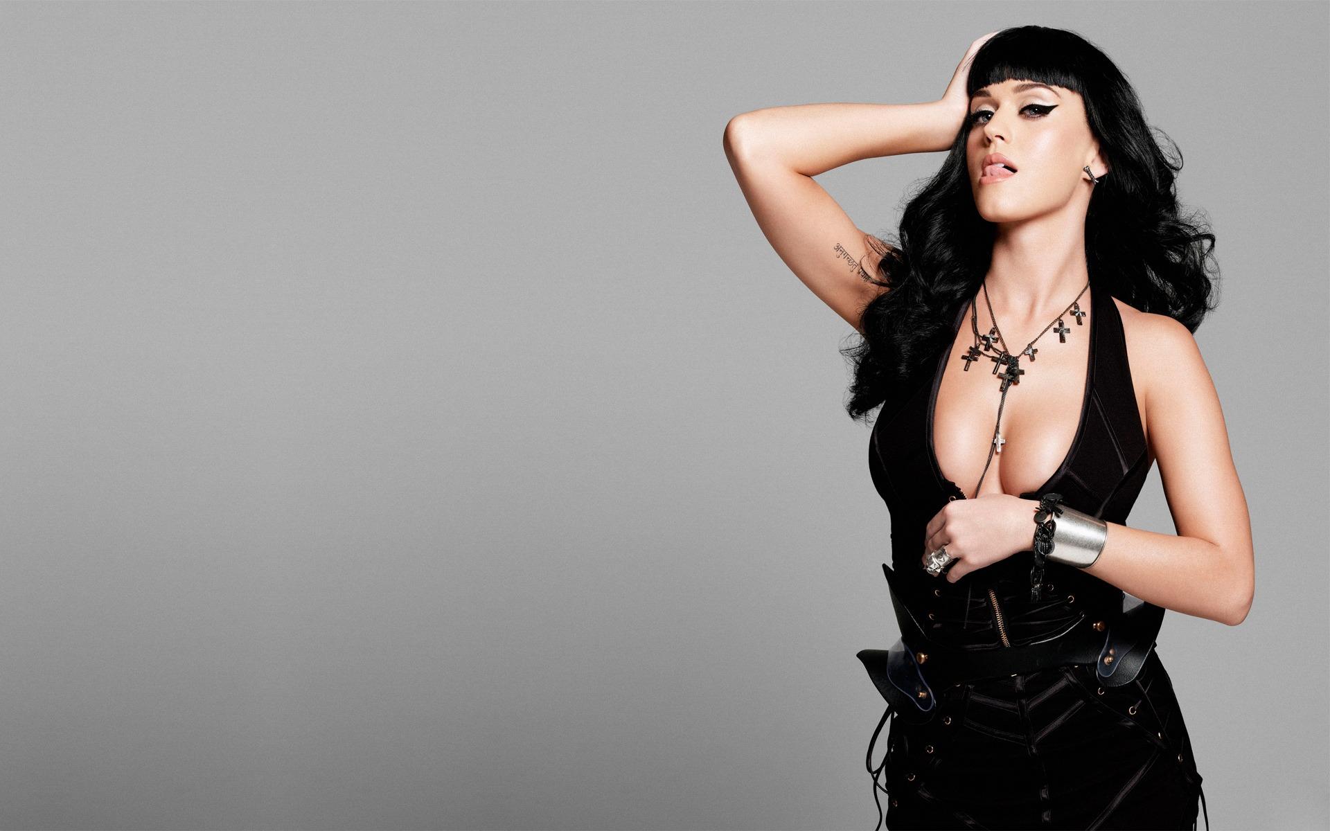 black-topless-singer-young-black-b