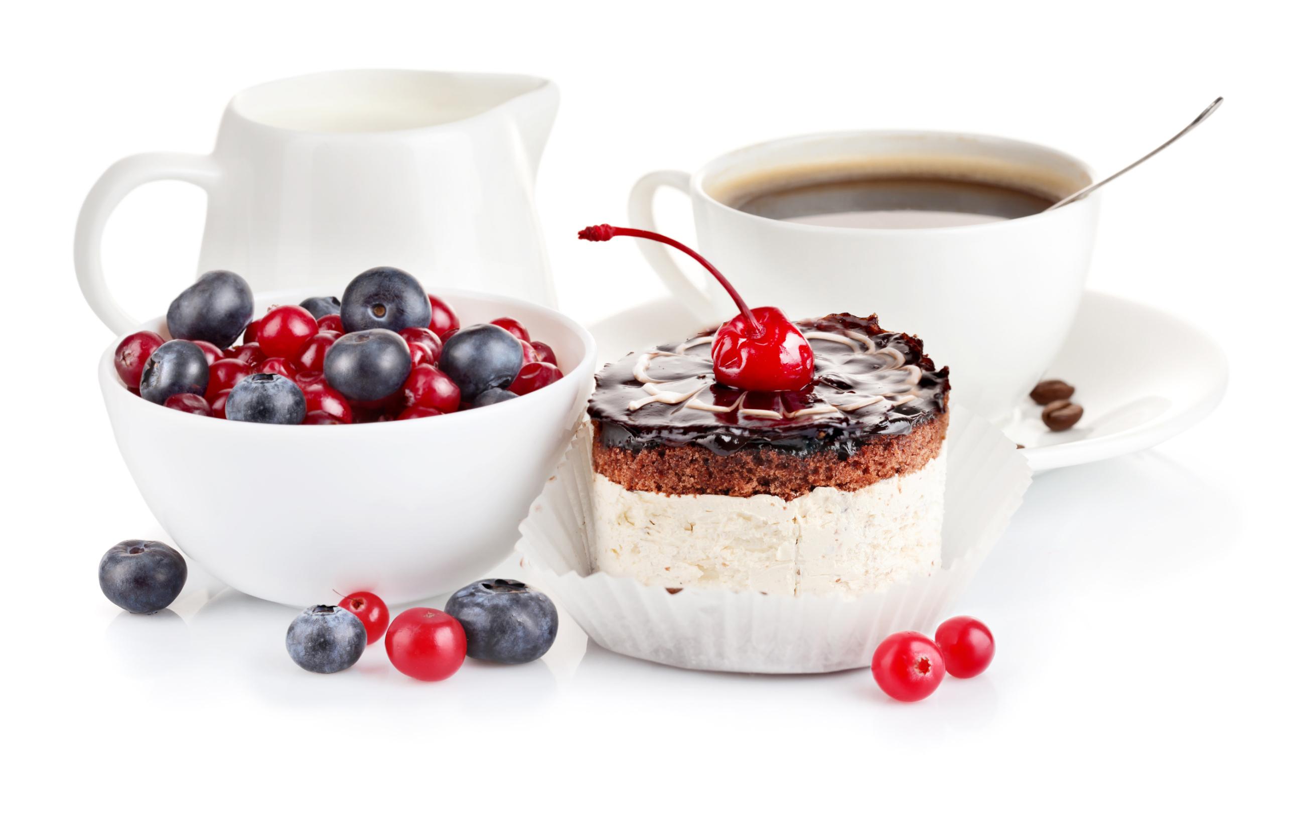 Улыбка, торт, любовь без смс