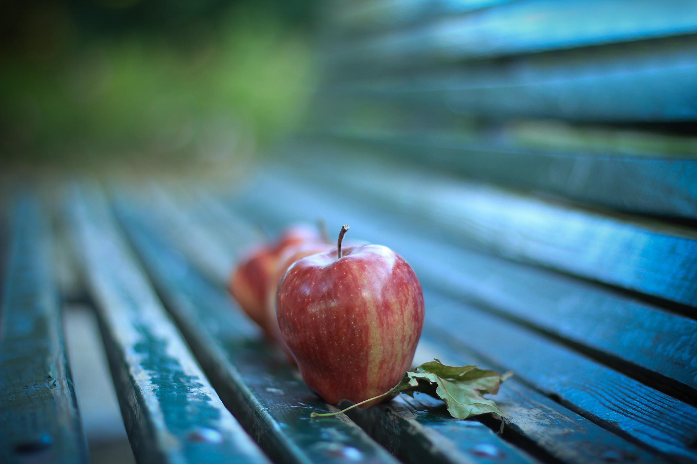 Яблоко макро без смс