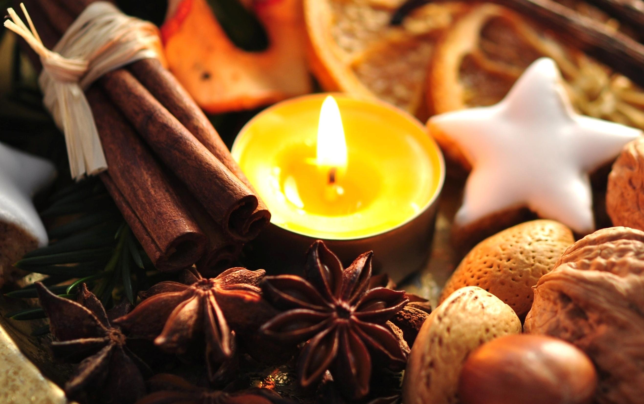 девушка свечи дерево  № 1505219 бесплатно