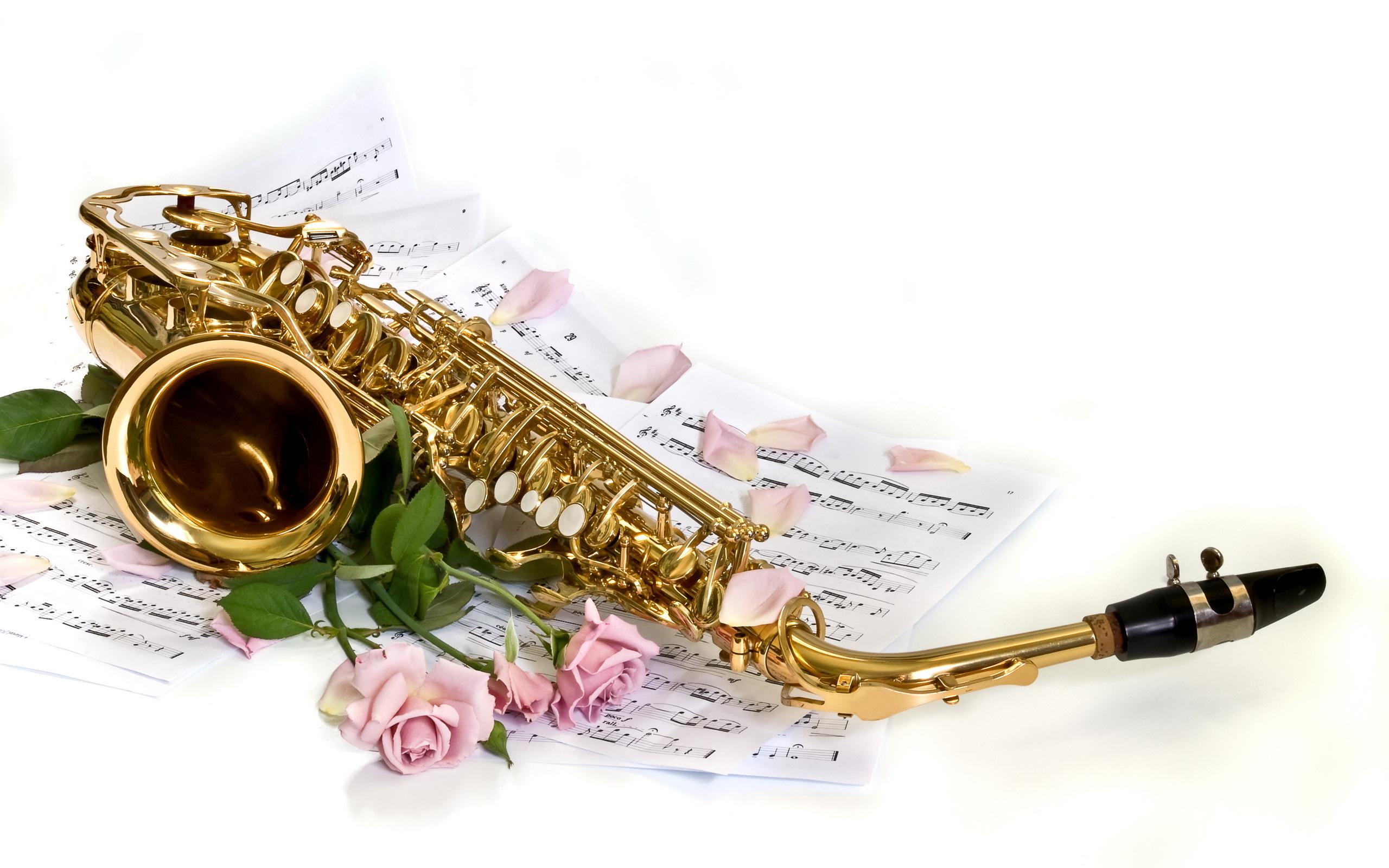 Фоновую музыку для поздравления с днем рождения, годовщиной свадьбы
