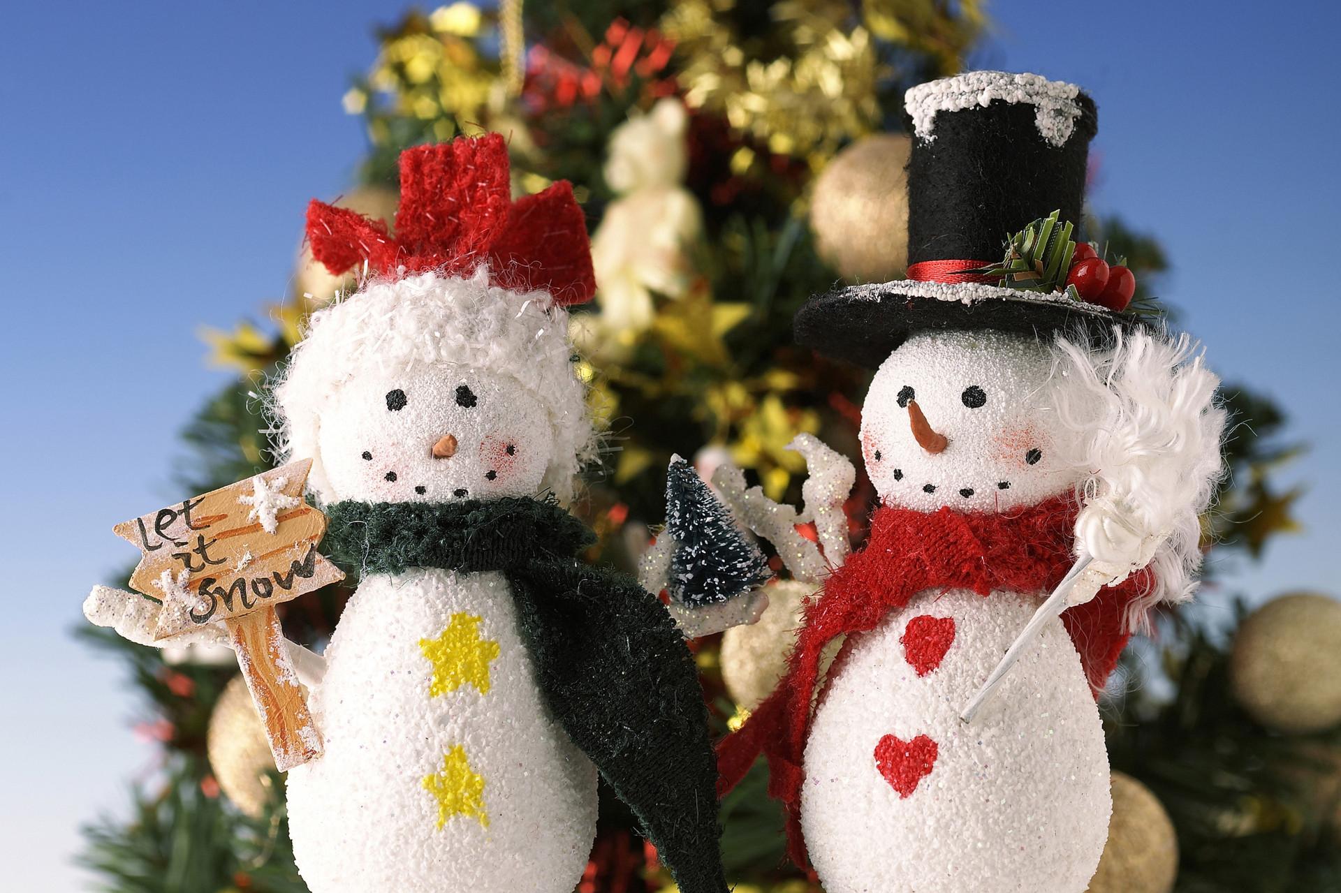 Картинки новогодних снеговиков, онлайн для