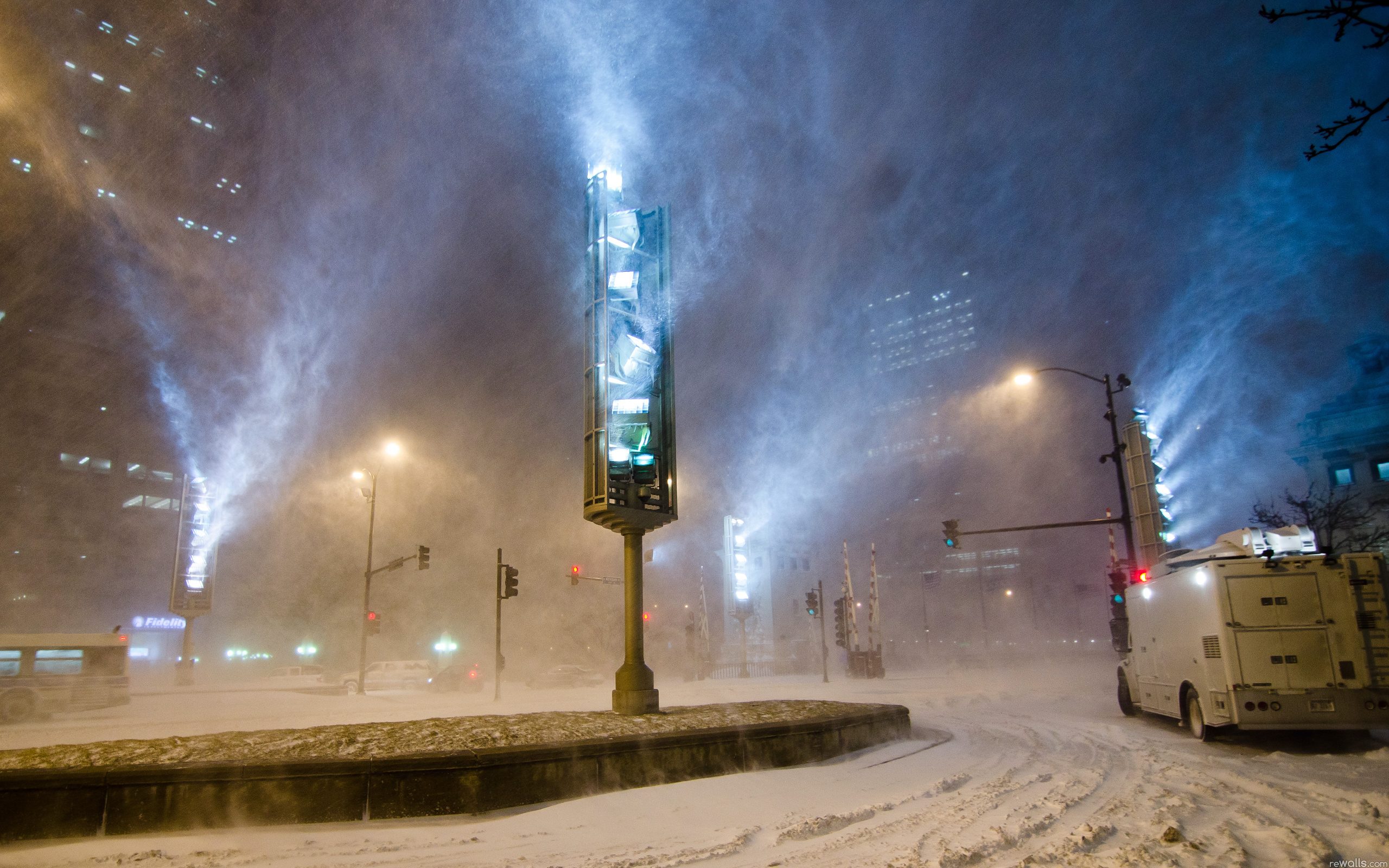 Снег здание подсвеченное загрузить