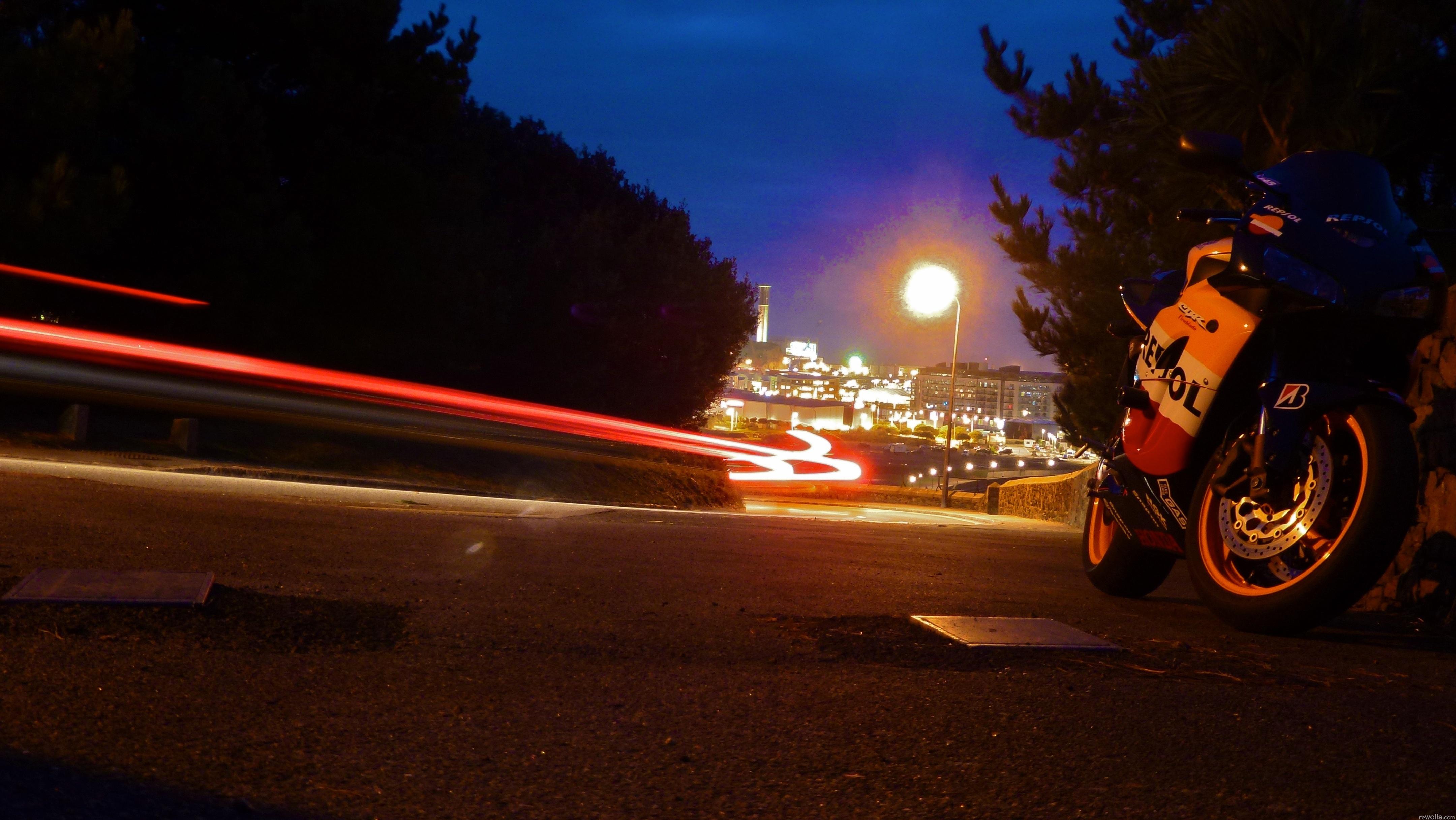 мотоцикл ночь город без смс