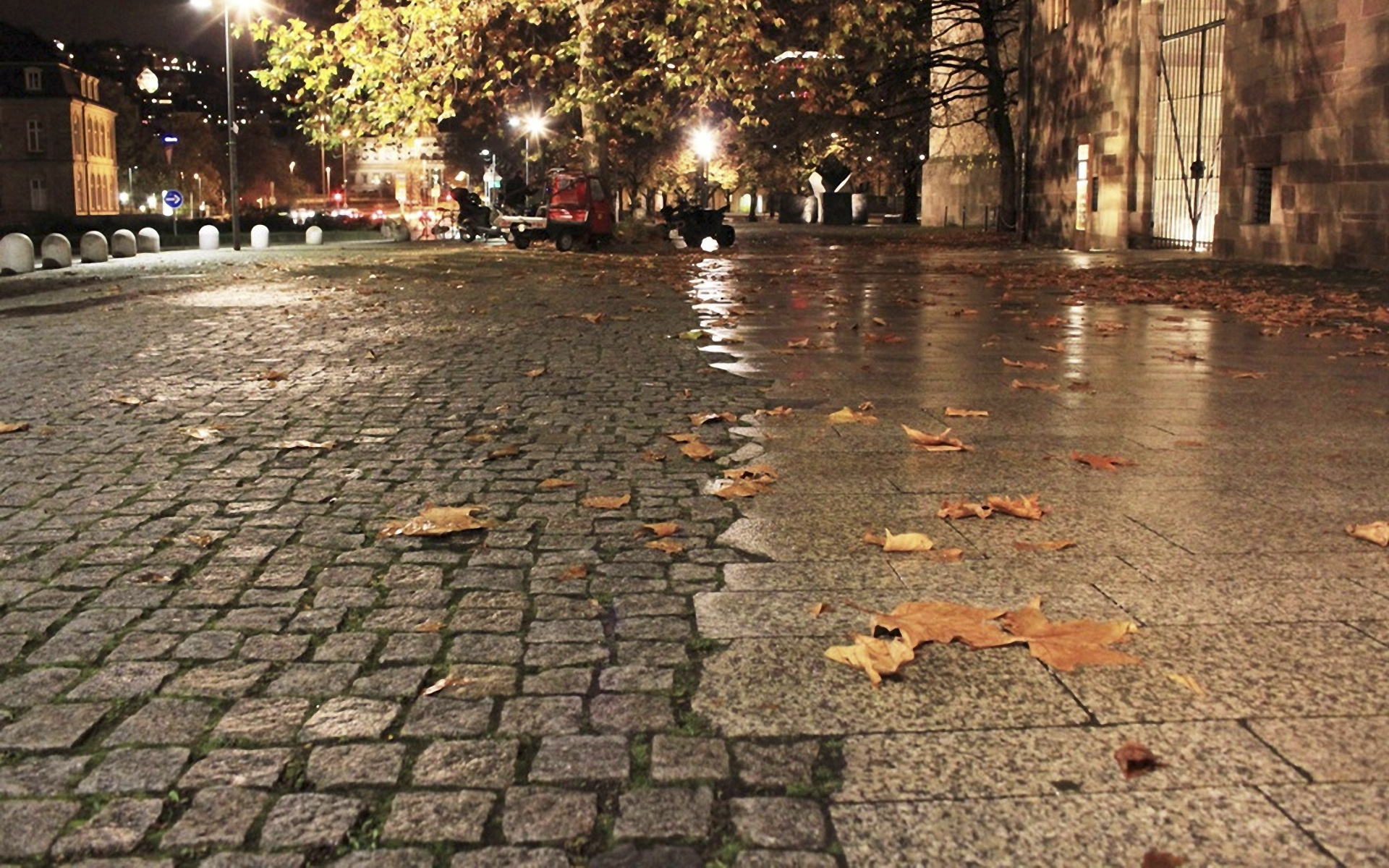 Дождь на городской олее без смс