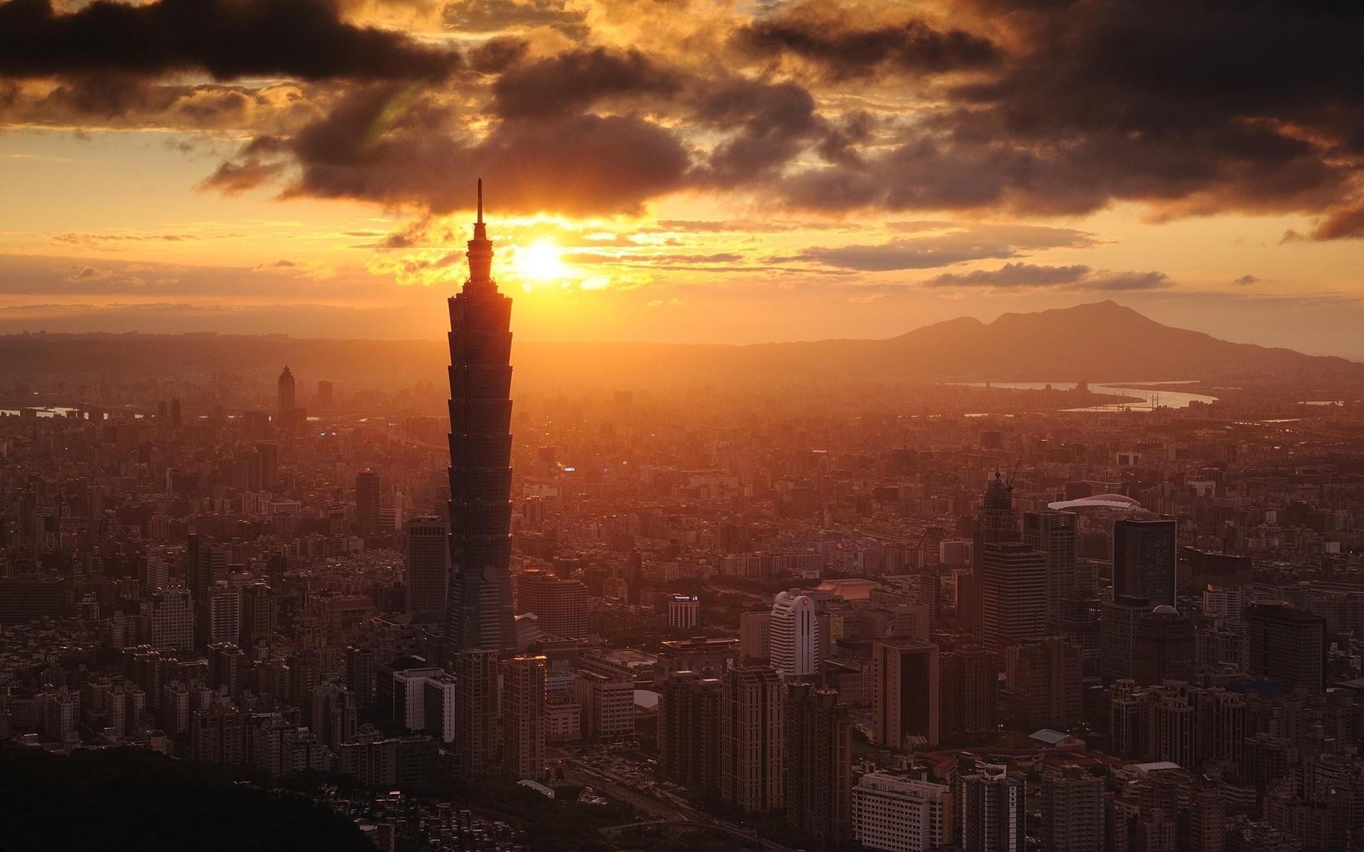 Закат над городом небоскребы без смс
