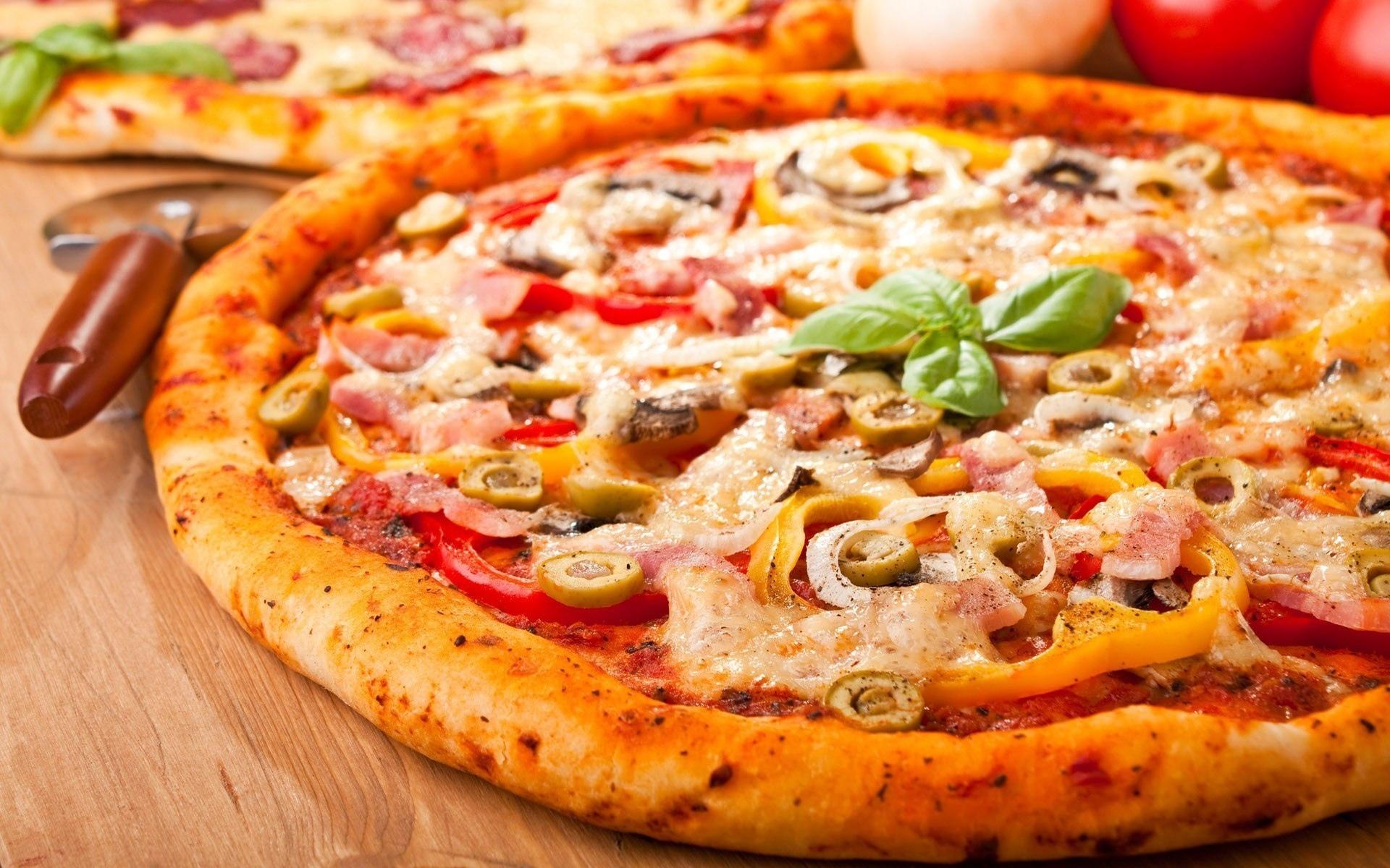 сочная пицца скачать