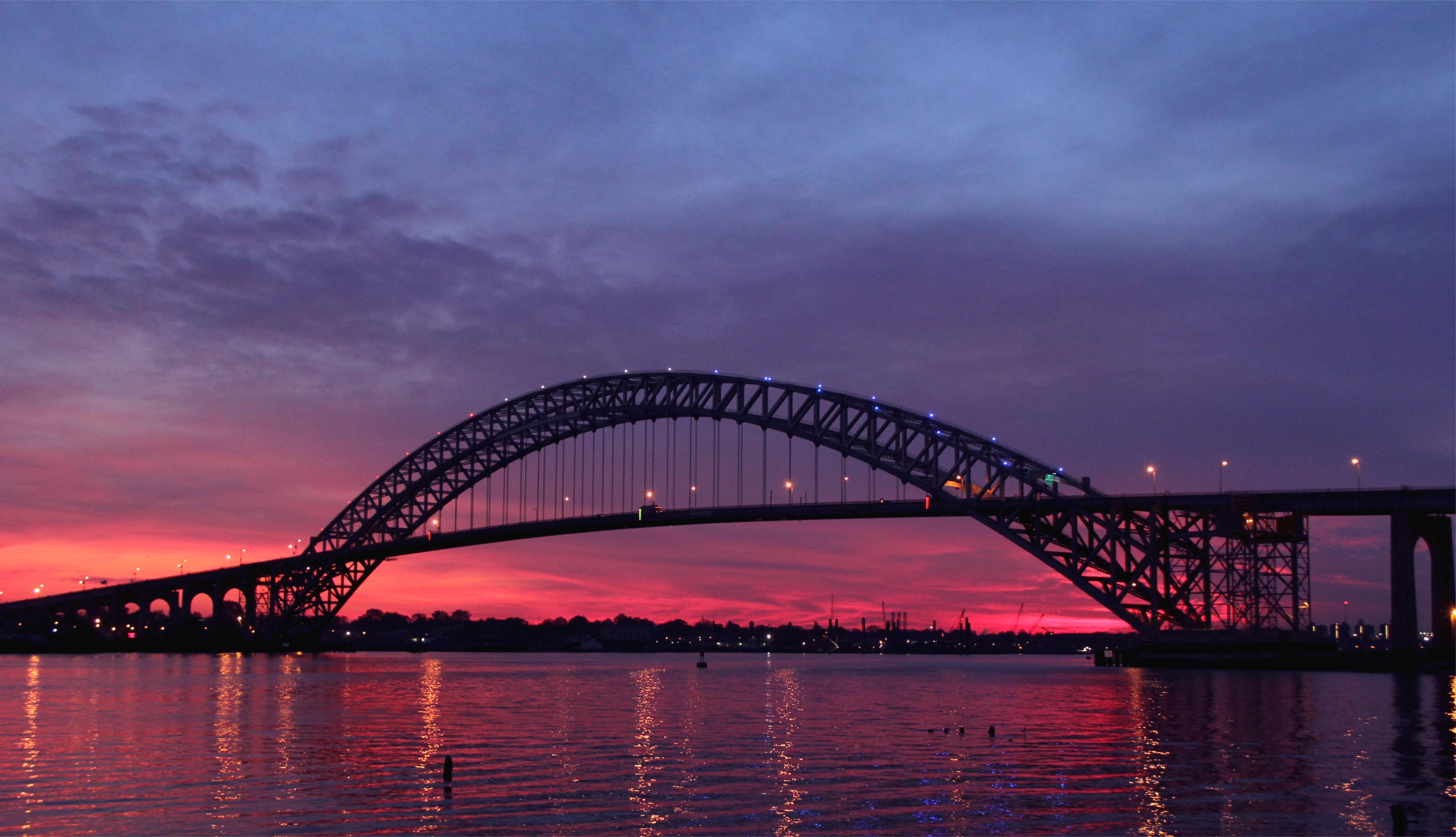 Город мост через реку  № 3713185 загрузить