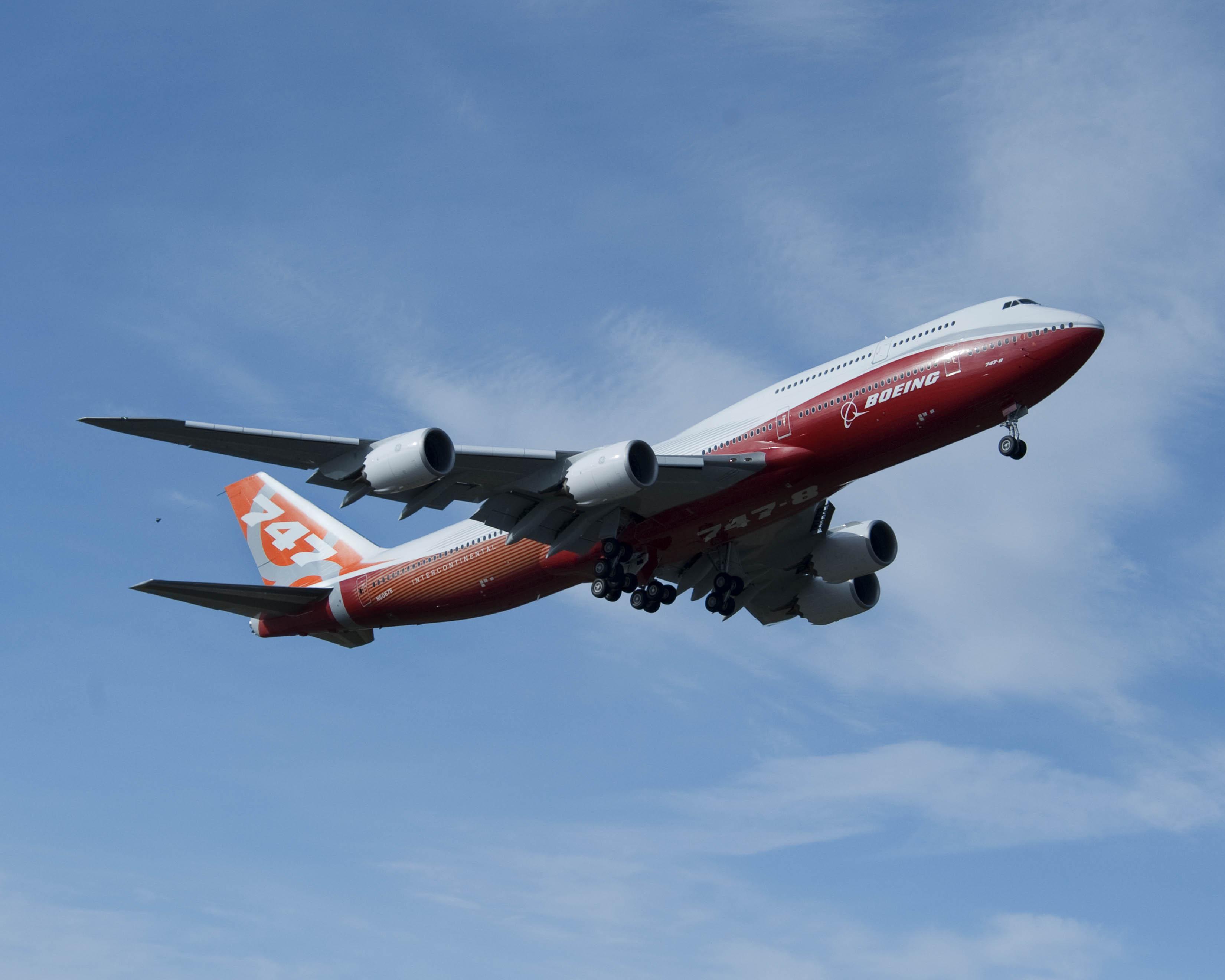 авиация самолет Boeing 747 Lufthansa небо без смс