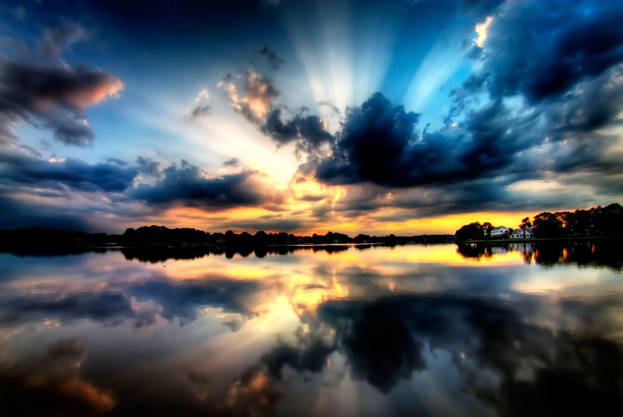Темный закат над озером  № 3213477 без смс