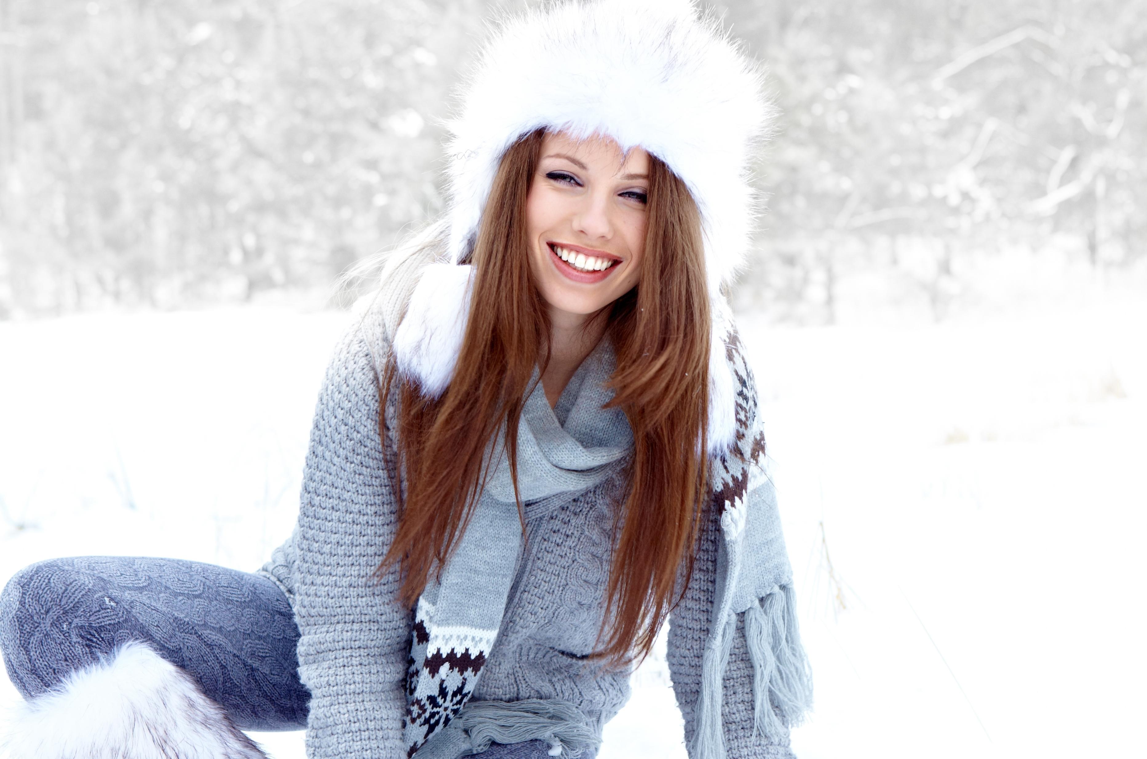 Фото девушек на фоне зимы 4 фотография