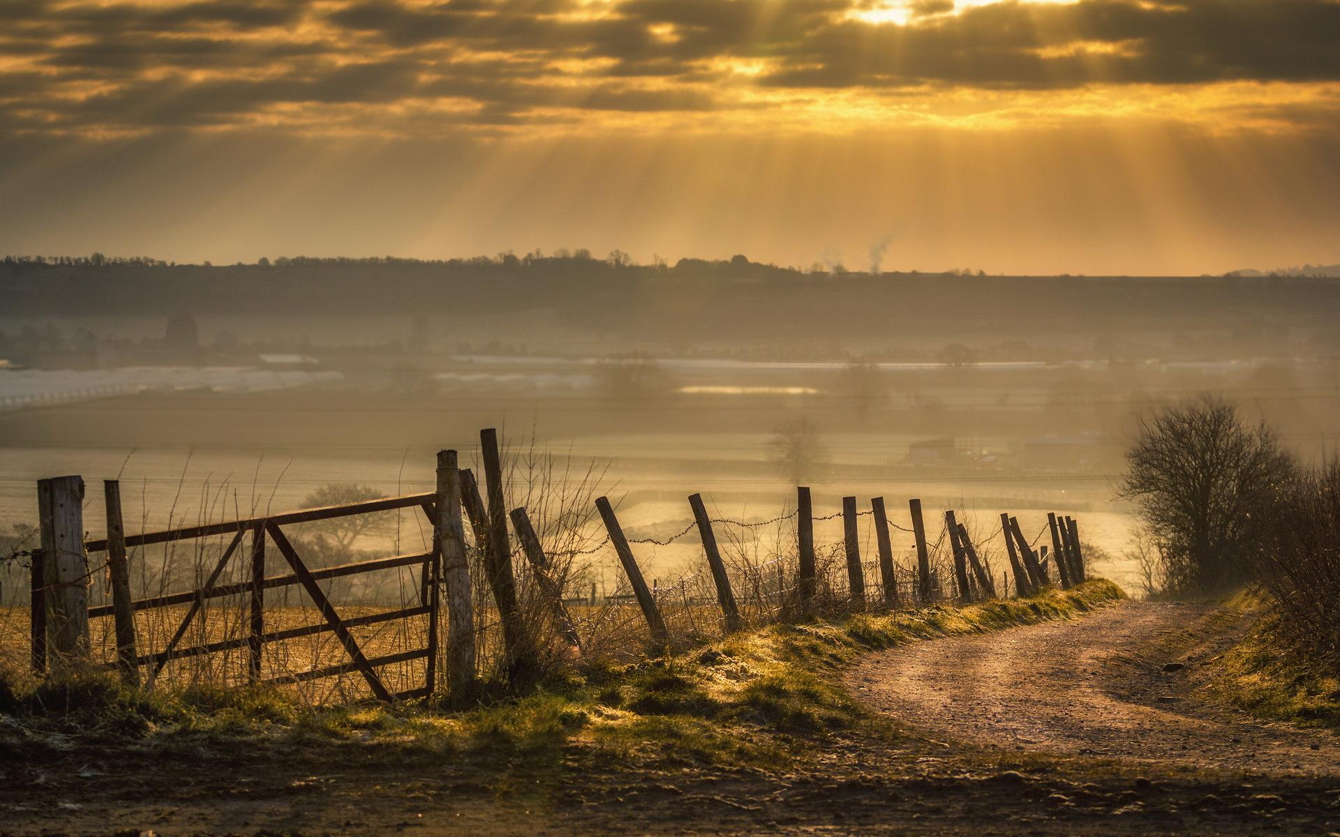 Дорога поле забор солнце загрузить