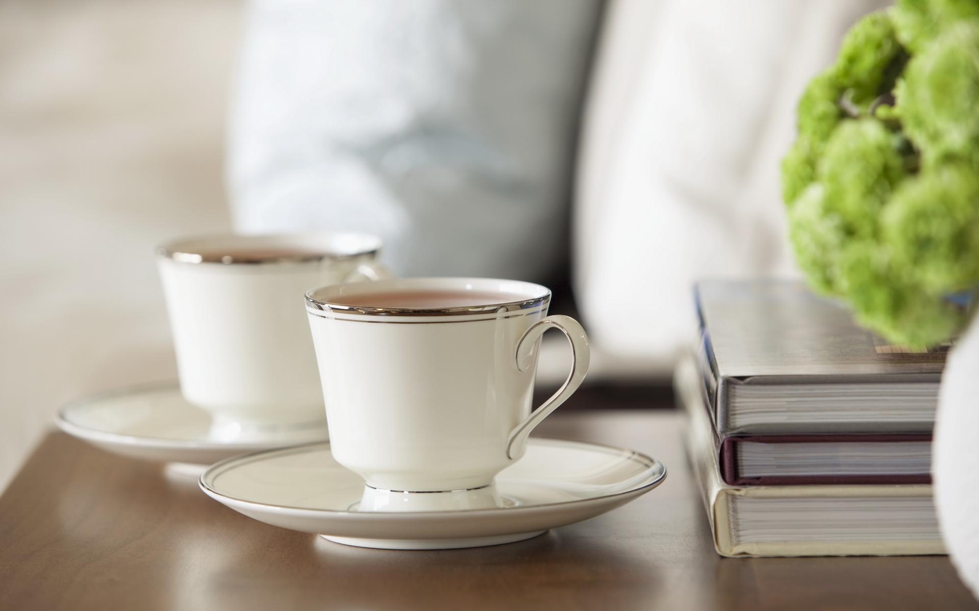 Зеленая чашка с чаем бесплатно