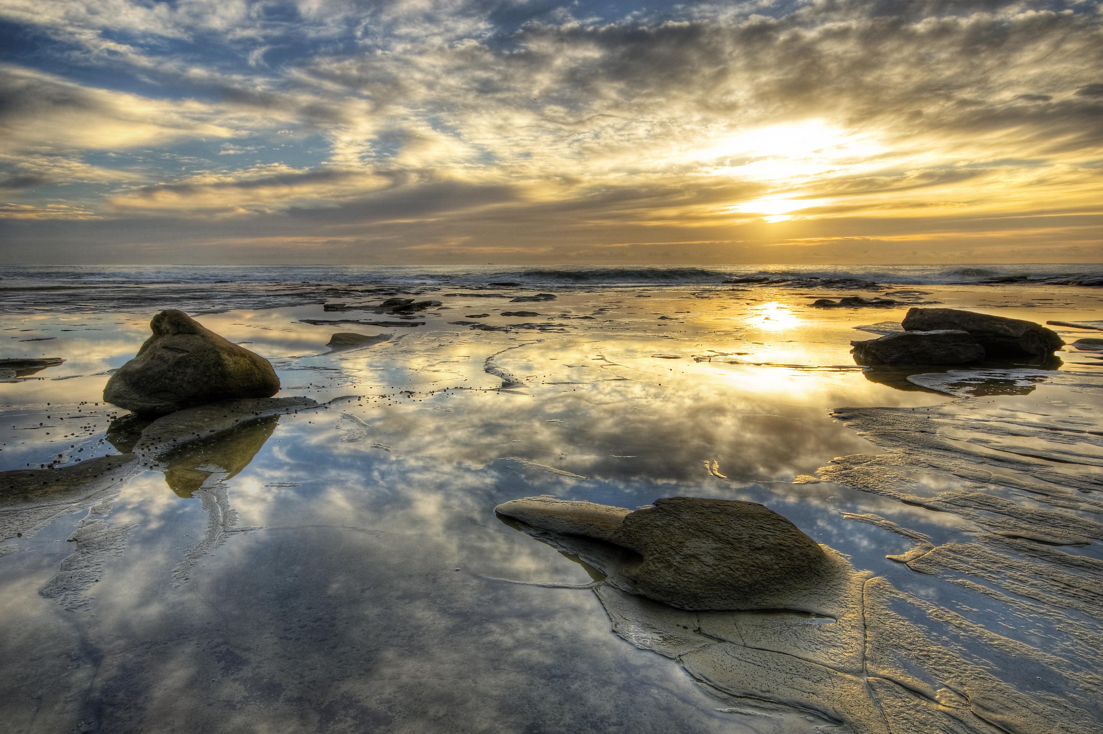камни закат море скачать