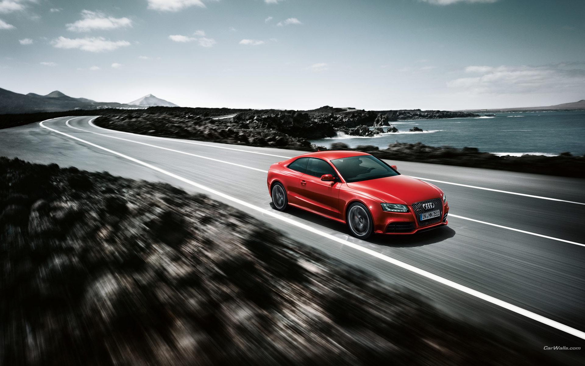 красный черный автомобиль Audi TT red black car скачать