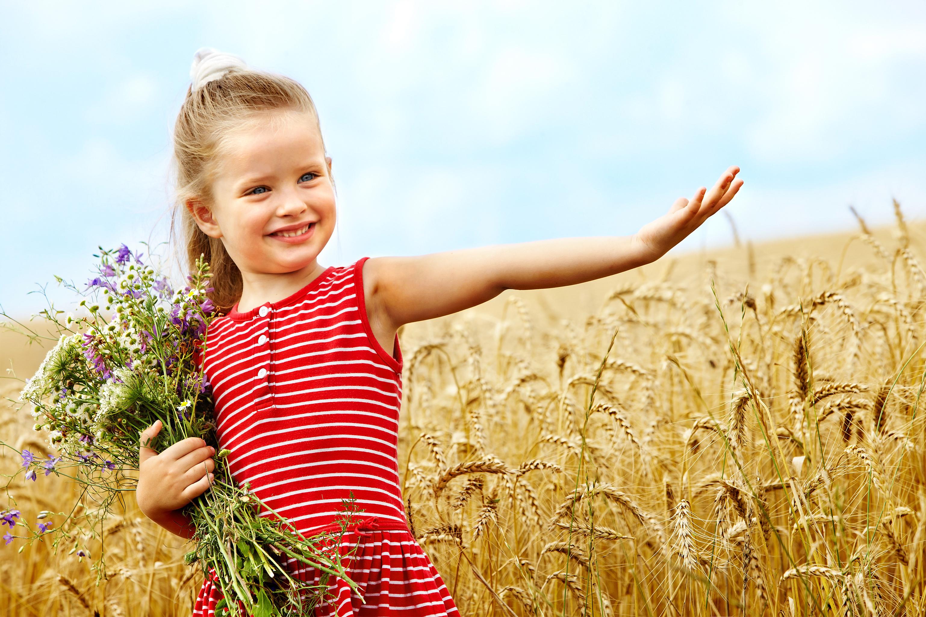 happy little girl - HD3076×2050