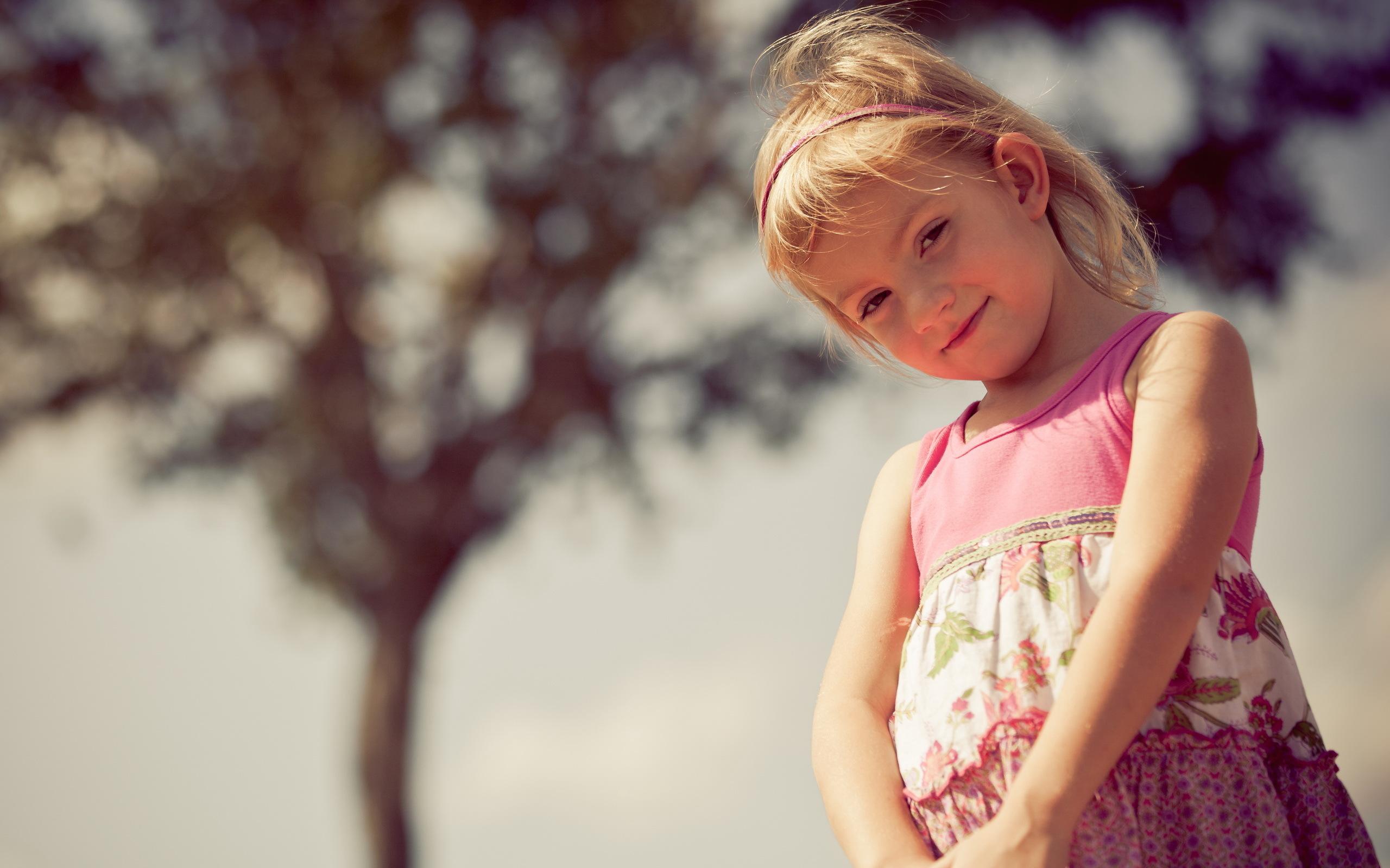 ребенок девочка  № 3563337 без смс