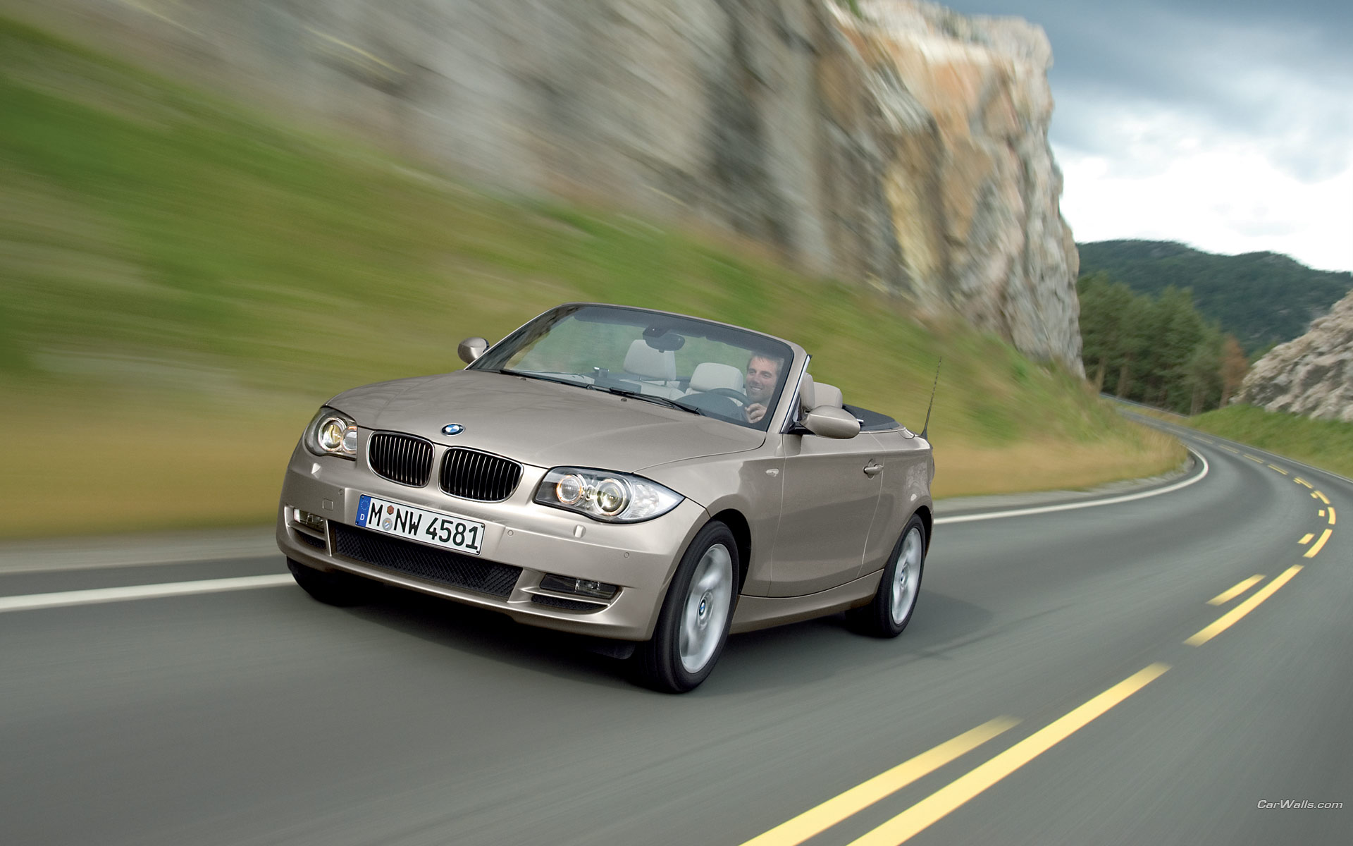 Bmw 3 series convertible front angle road  № 850502  скачать