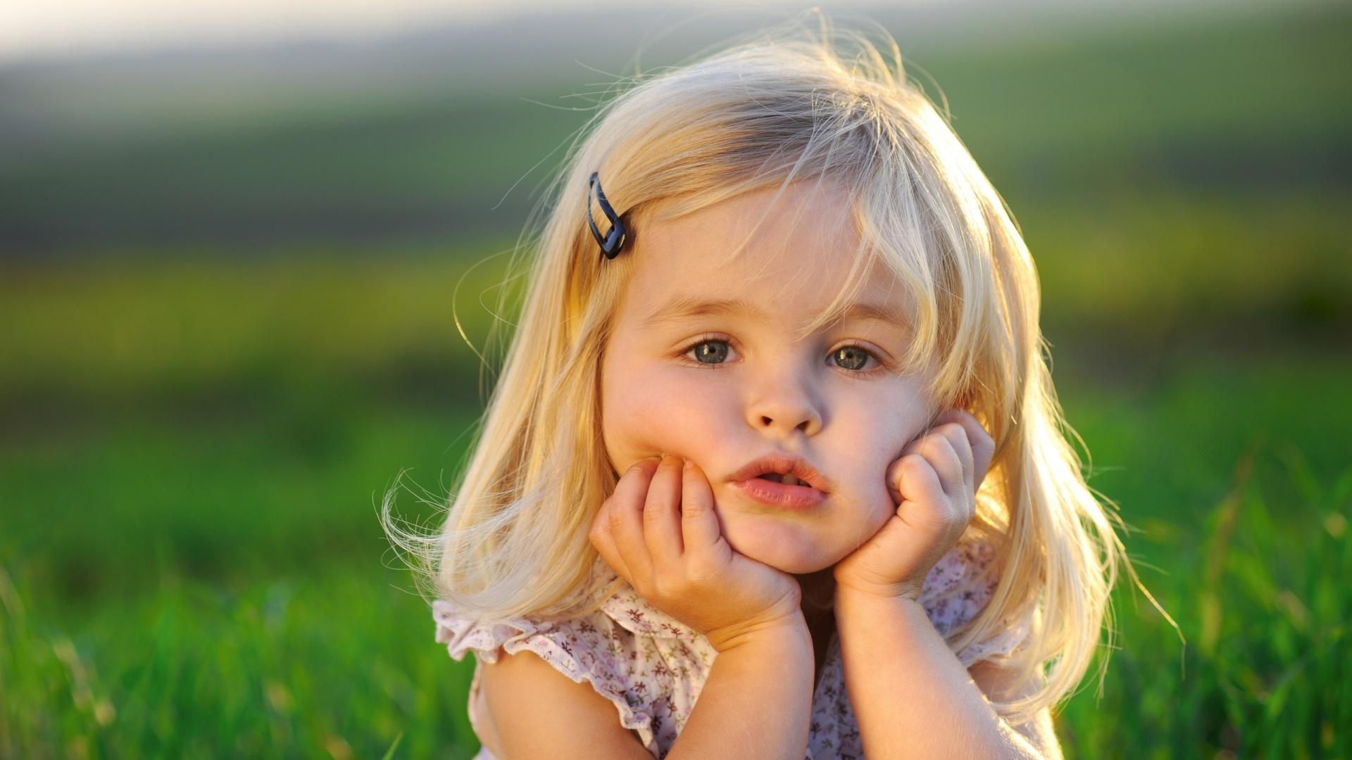 Фото девушки с маленькими, Маленькая грудьфото. Девушки с натуральной 23 фотография