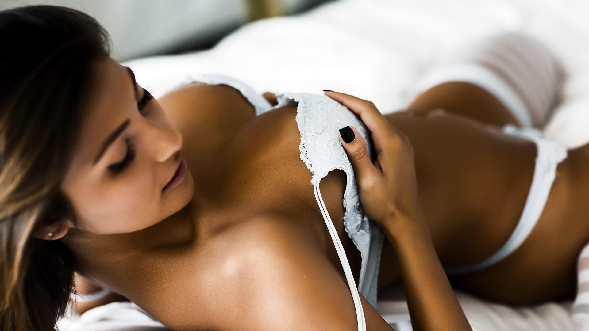 Hottest beauty hd nude comic