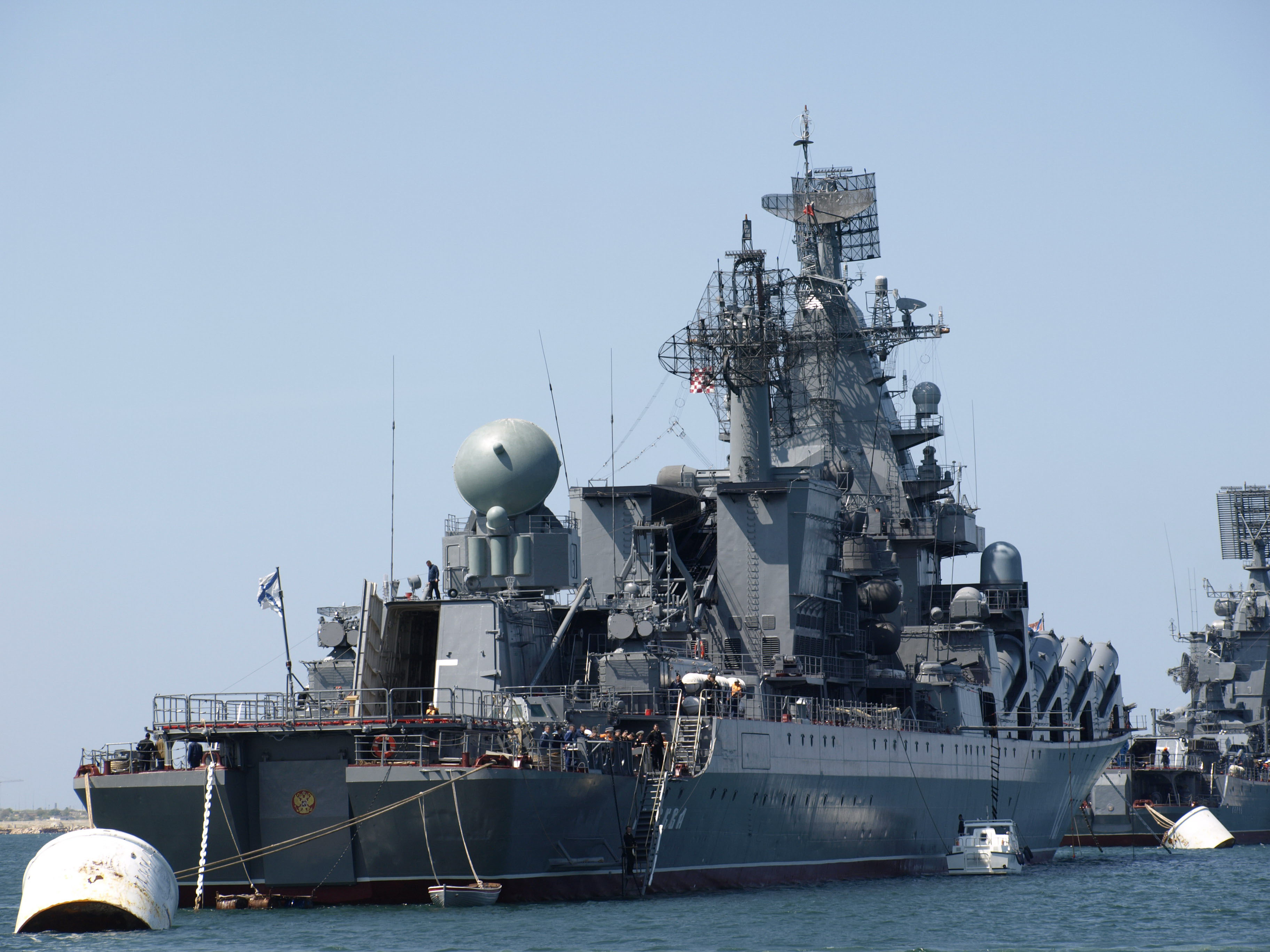 что крейсеры российского флота все шло