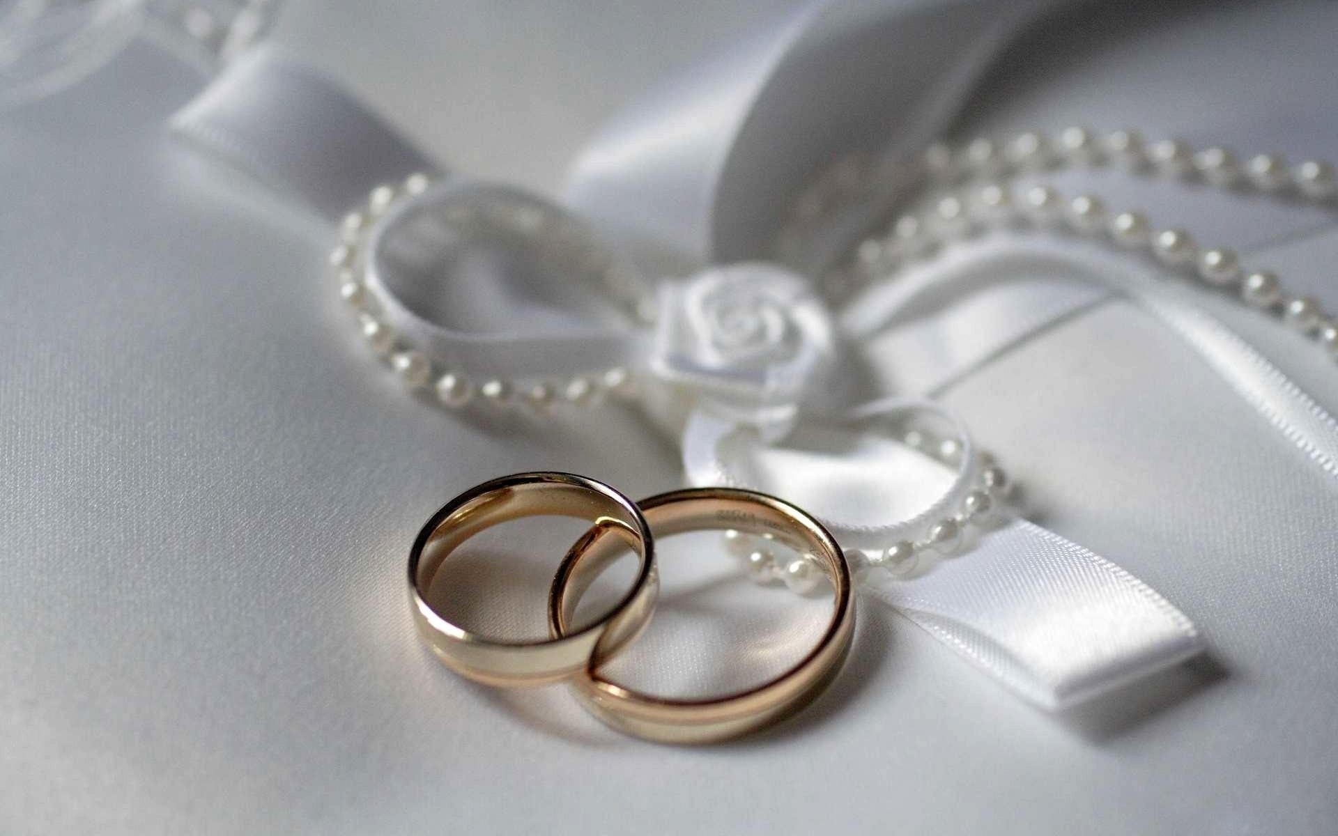 Картинки свадебных колец, выглядит