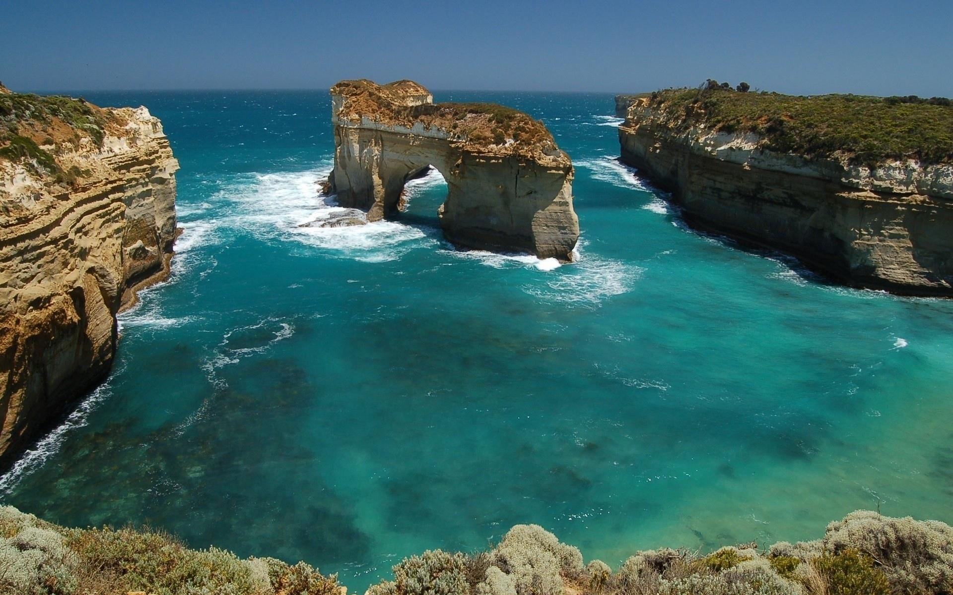 залив берег скалы море скачать