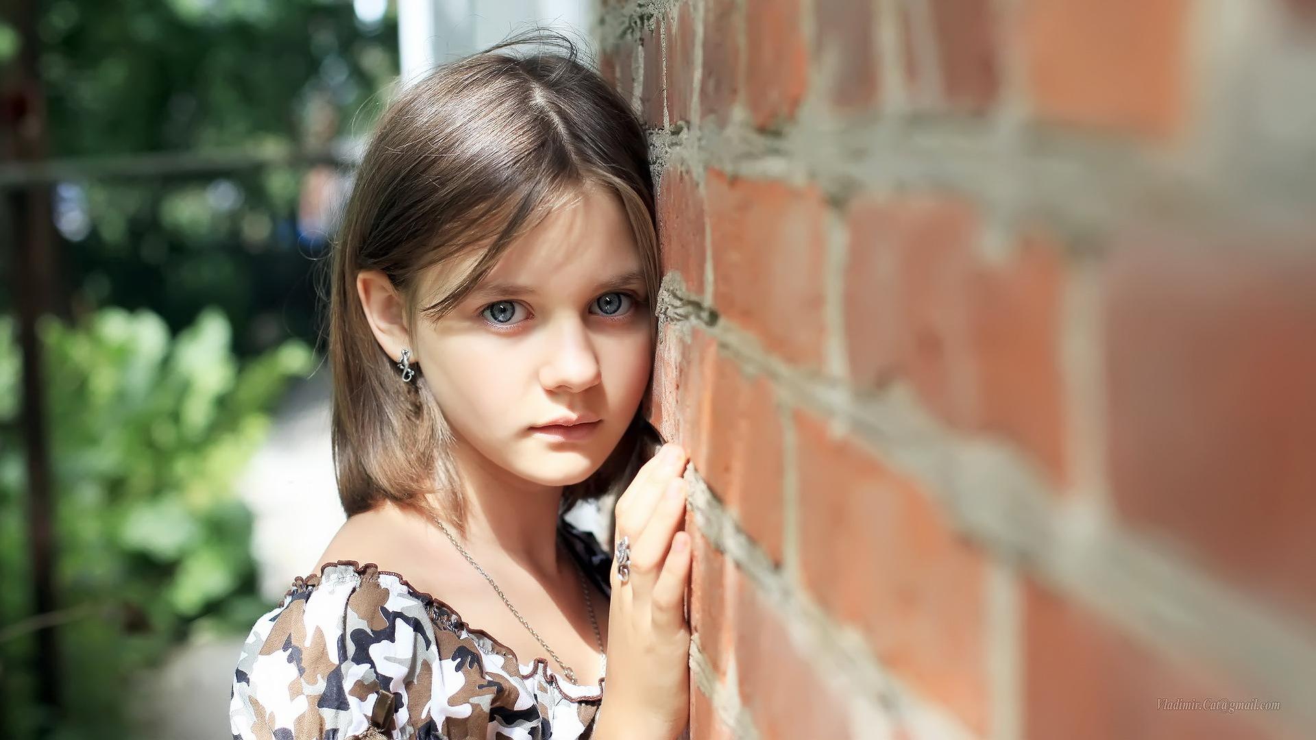 девушка милая стена бесплатно
