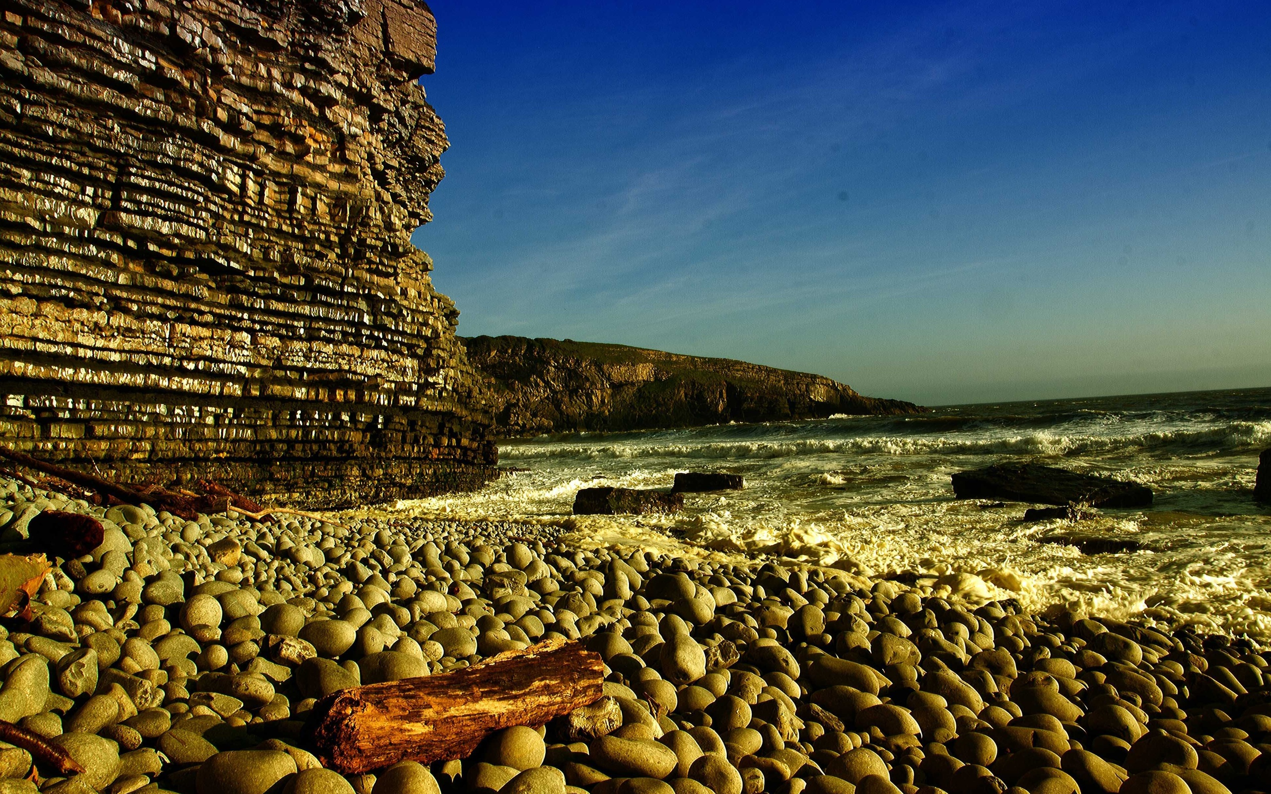 скала море камни rock sea stones  № 45314 бесплатно
