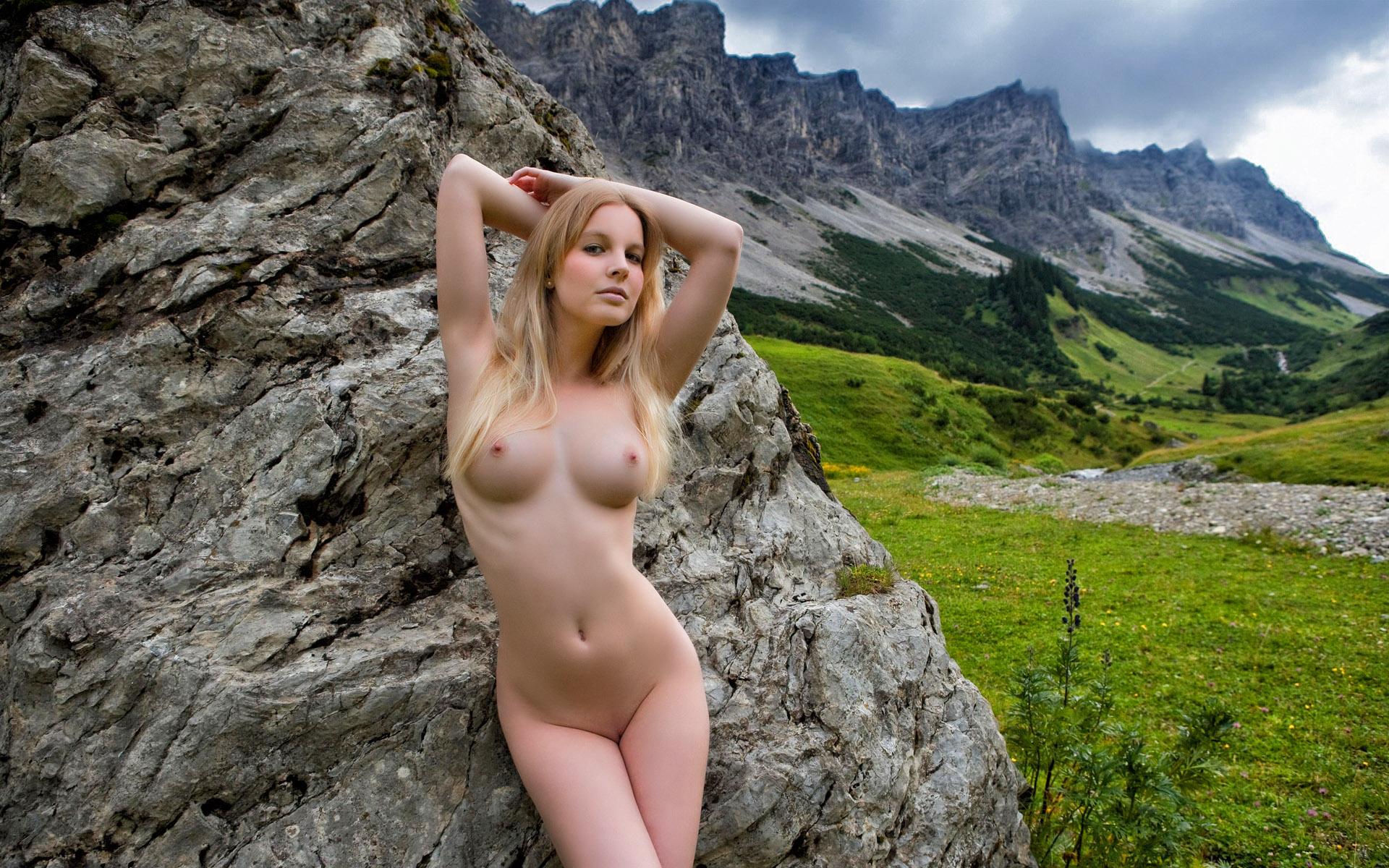 скачать фото голые девушки бесплатно