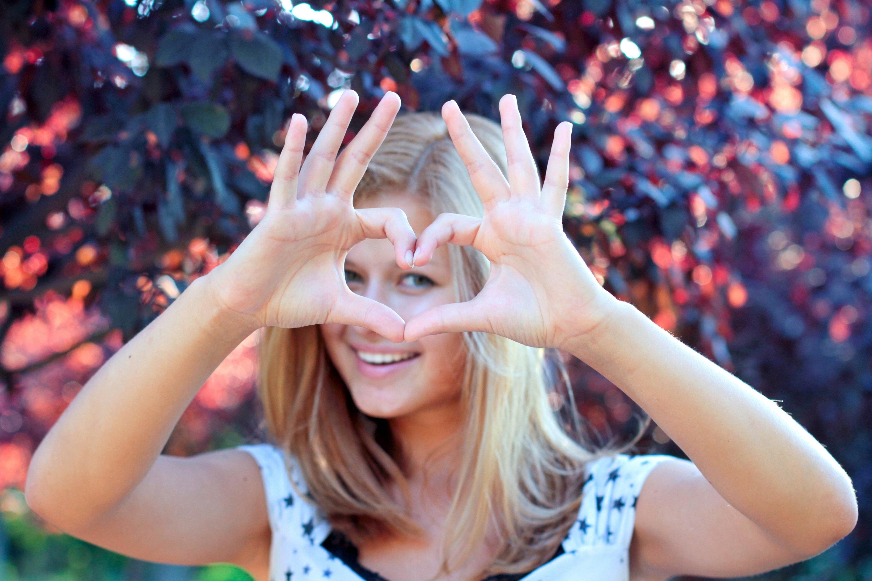 Руки девушка картинка