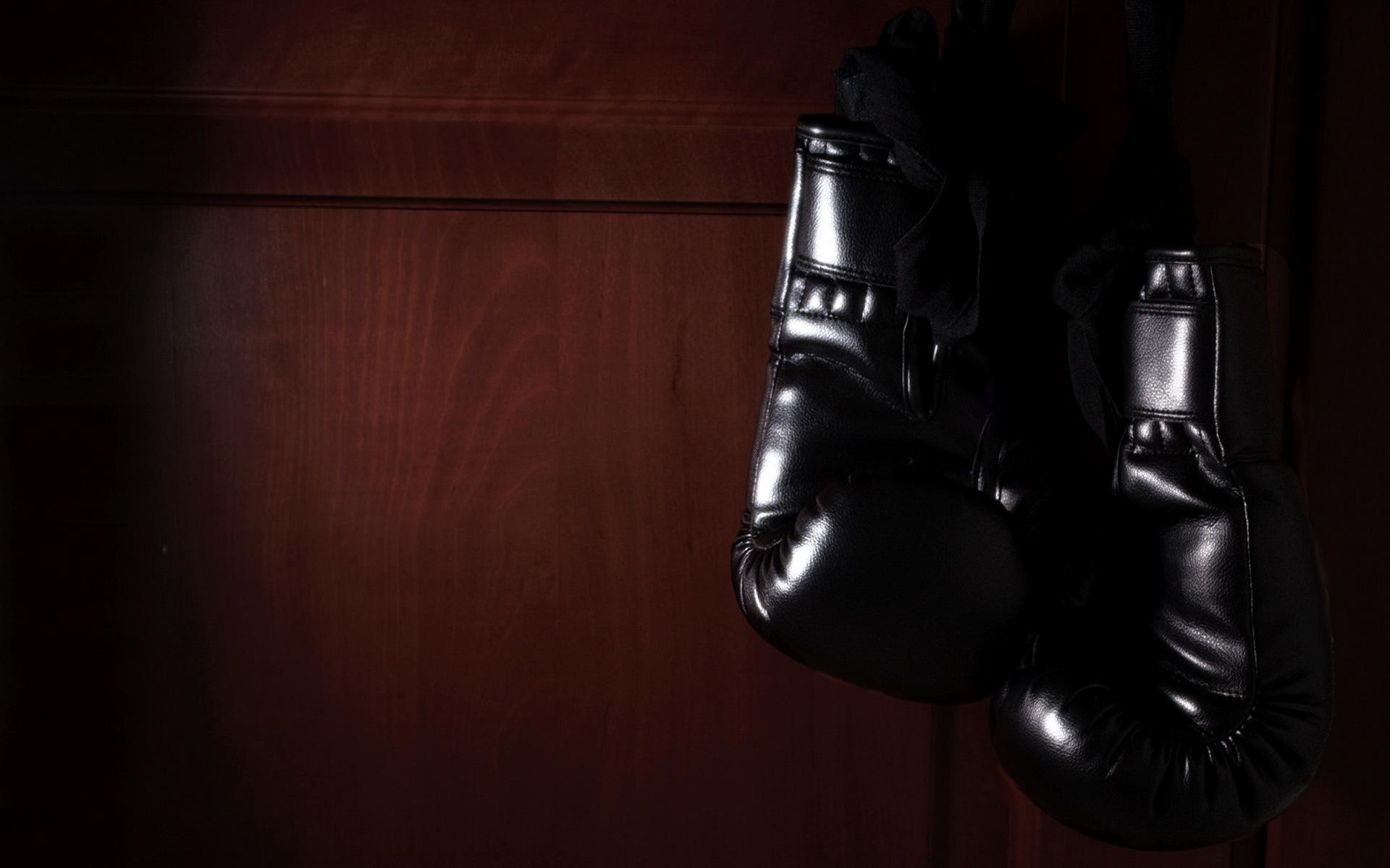 Обои на рабочий стол перчатки бокс