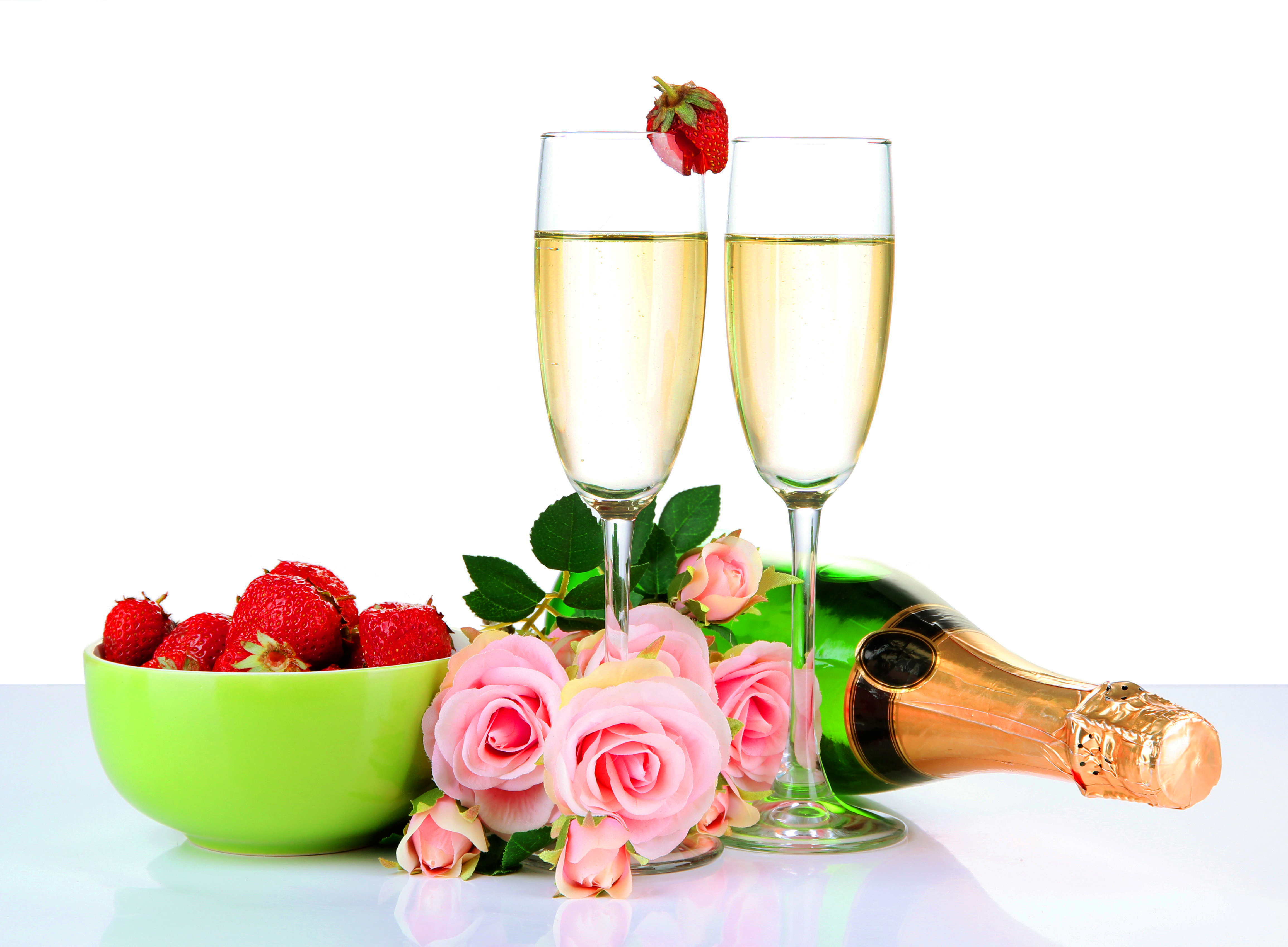 lovely babes are getting covered with roses and champagne  205246