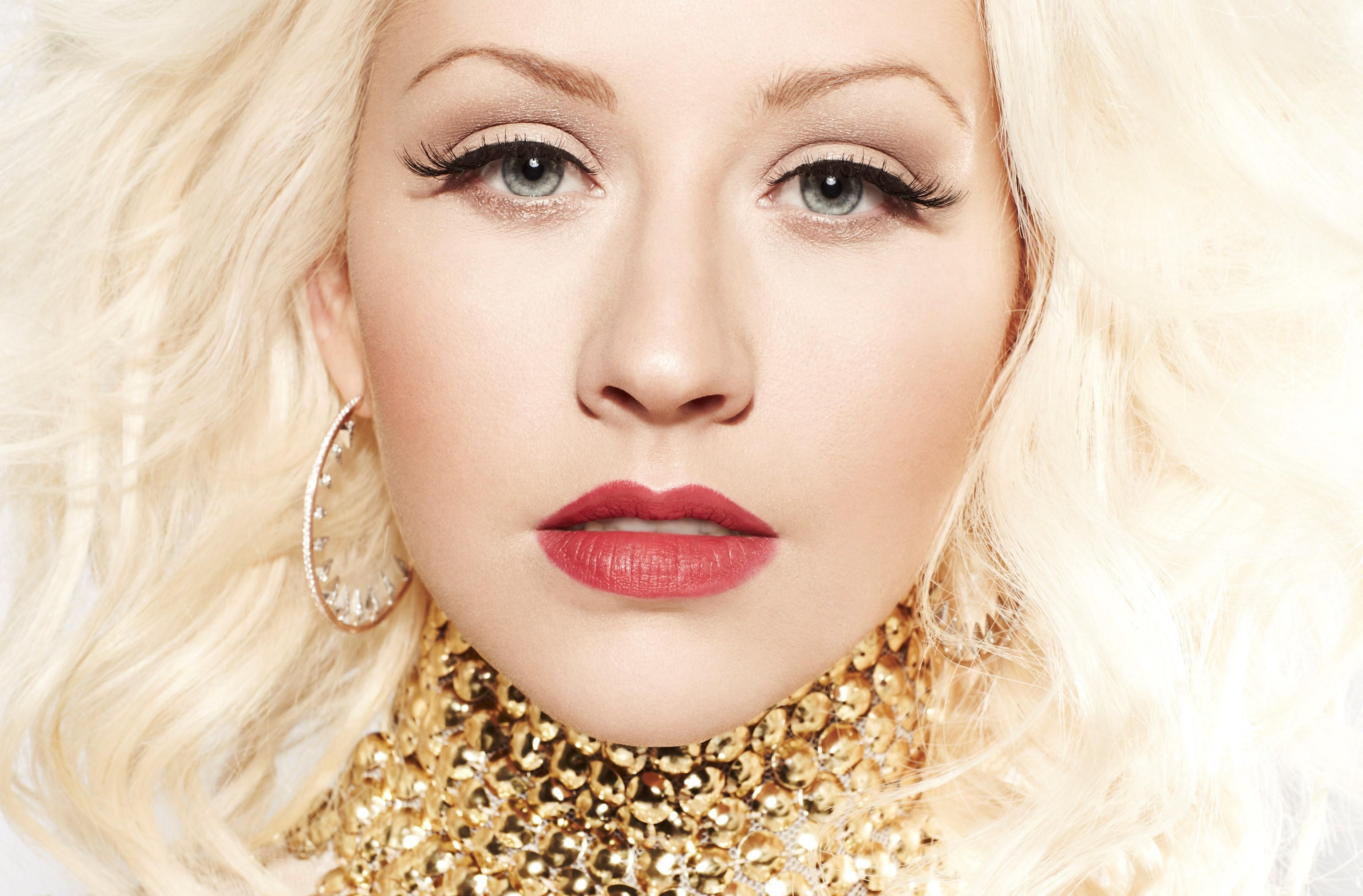 Christina blond.фото