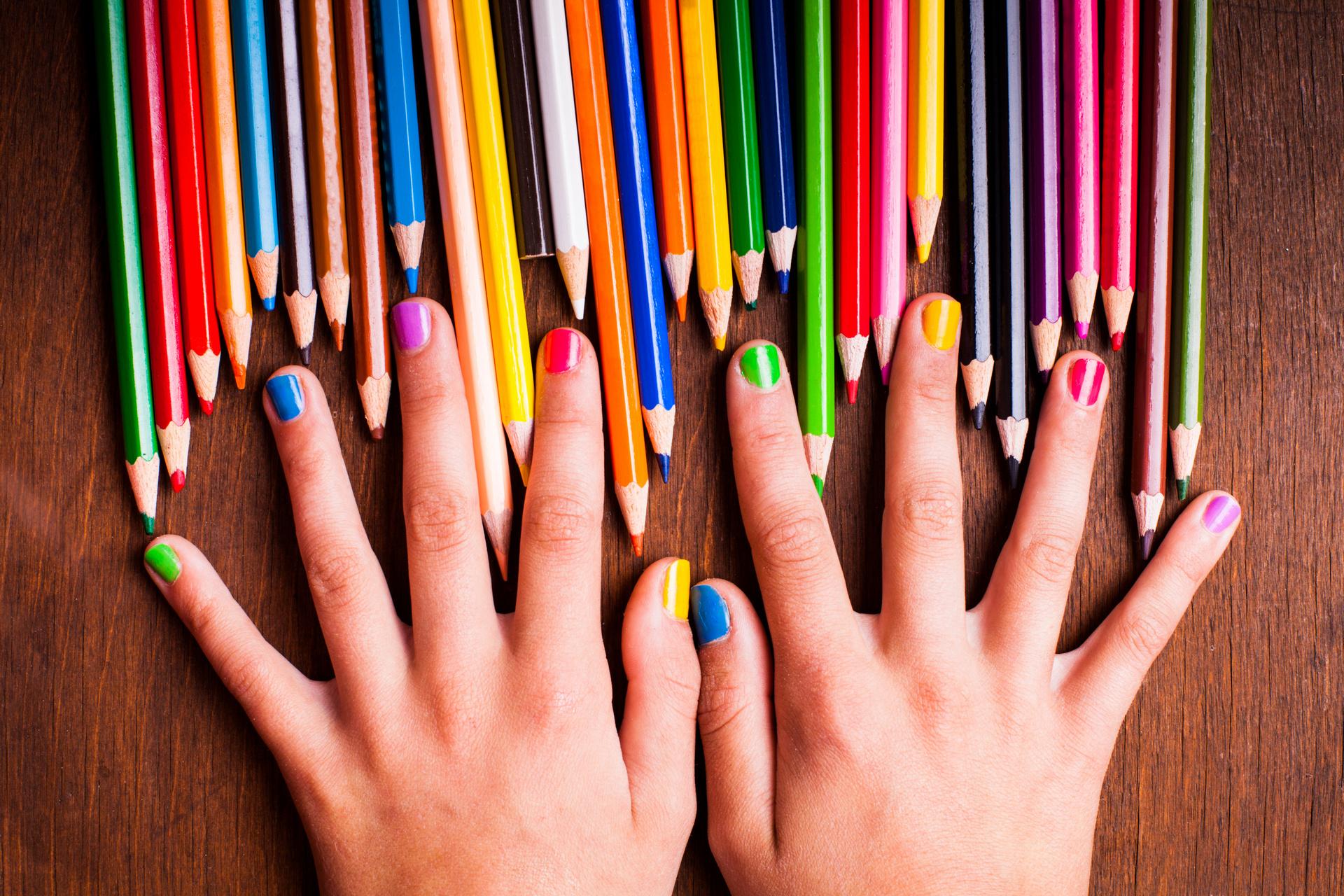 разноцветные пальцы картинки сегодня поругалась