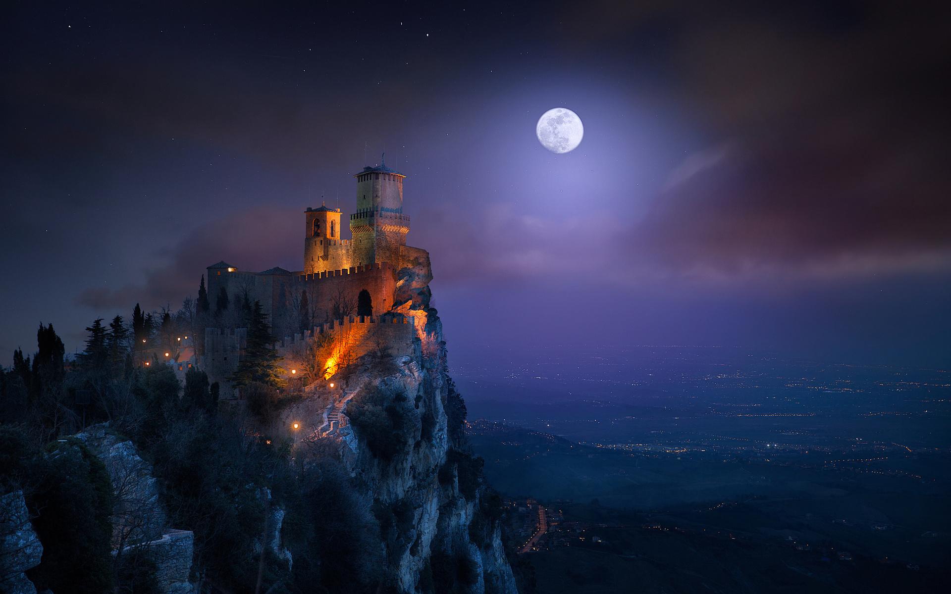 космический замок фото мелом