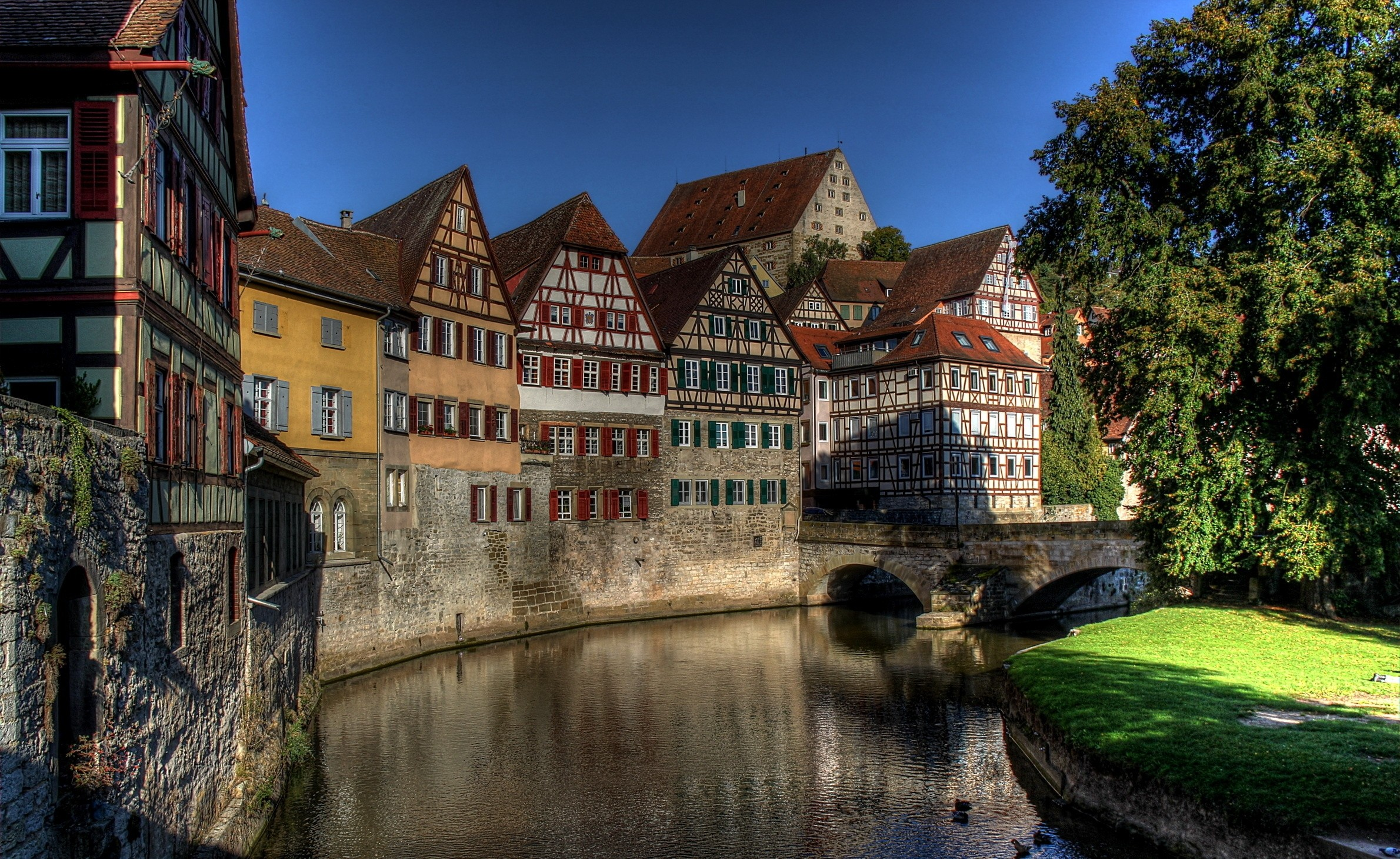 Lorch Village, Hesse, Rhine River, Germany  № 78217 загрузить