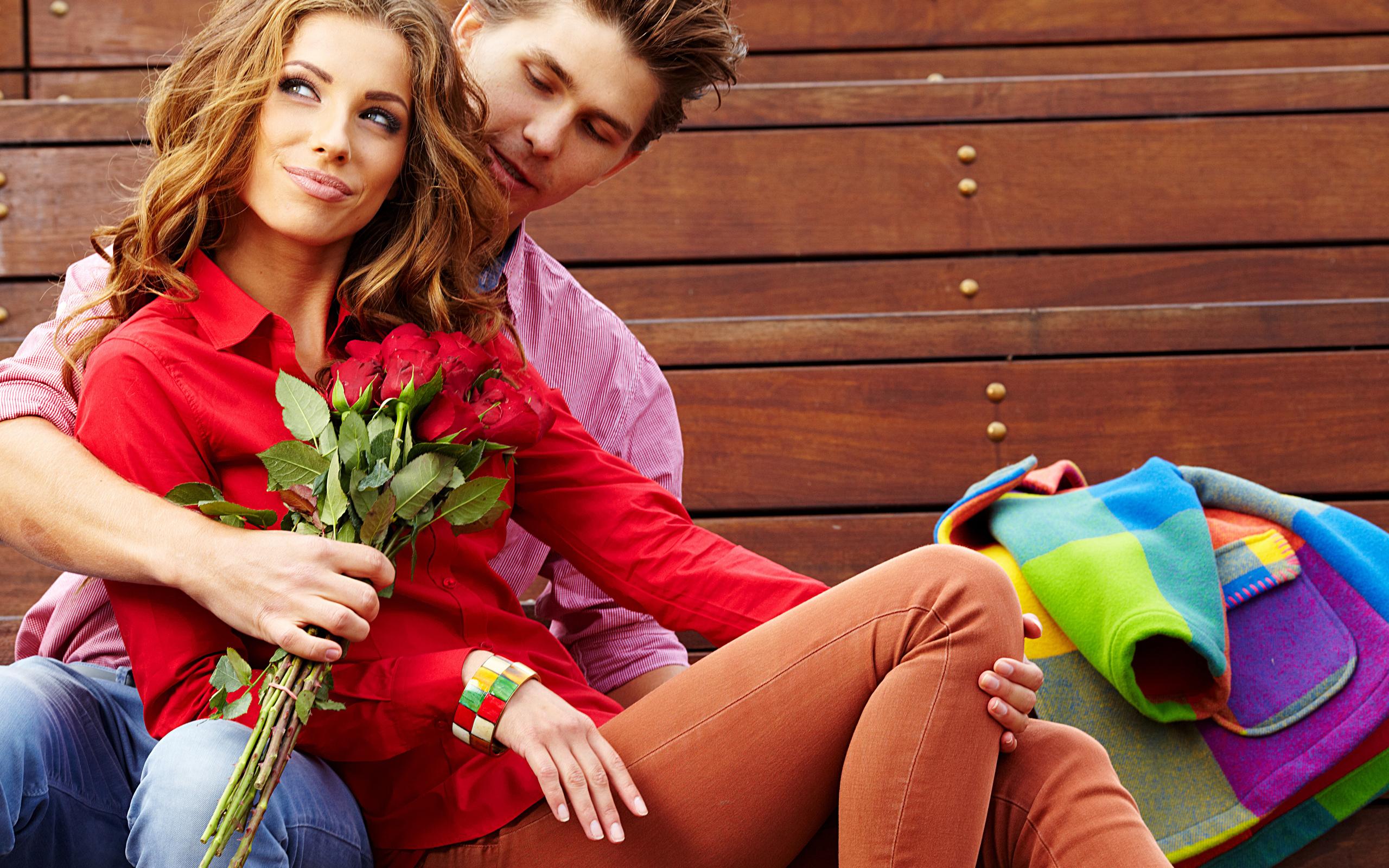 Фото девушки с парнем в марте