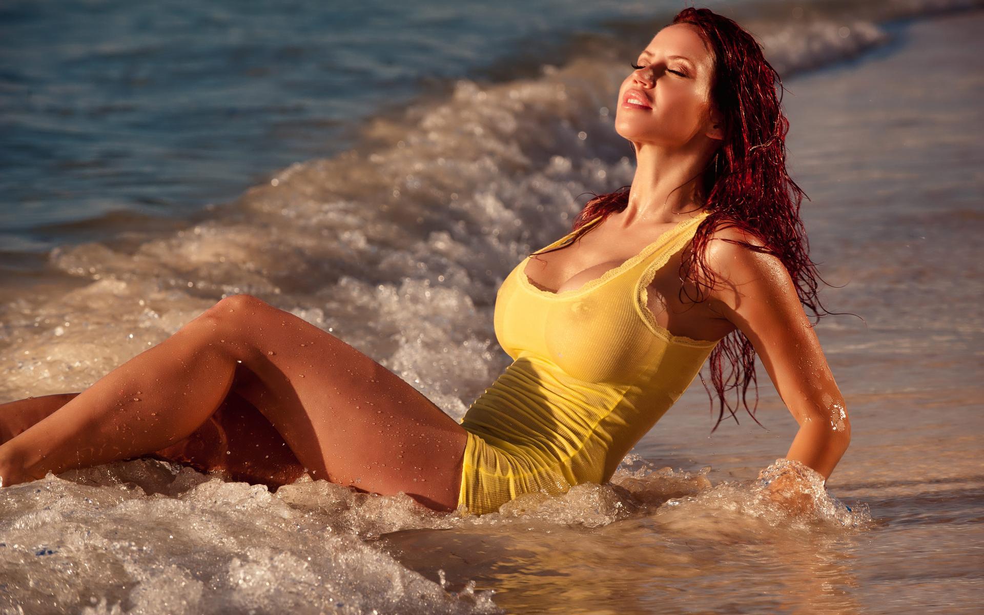 Фото женщин мокрых 19 фотография