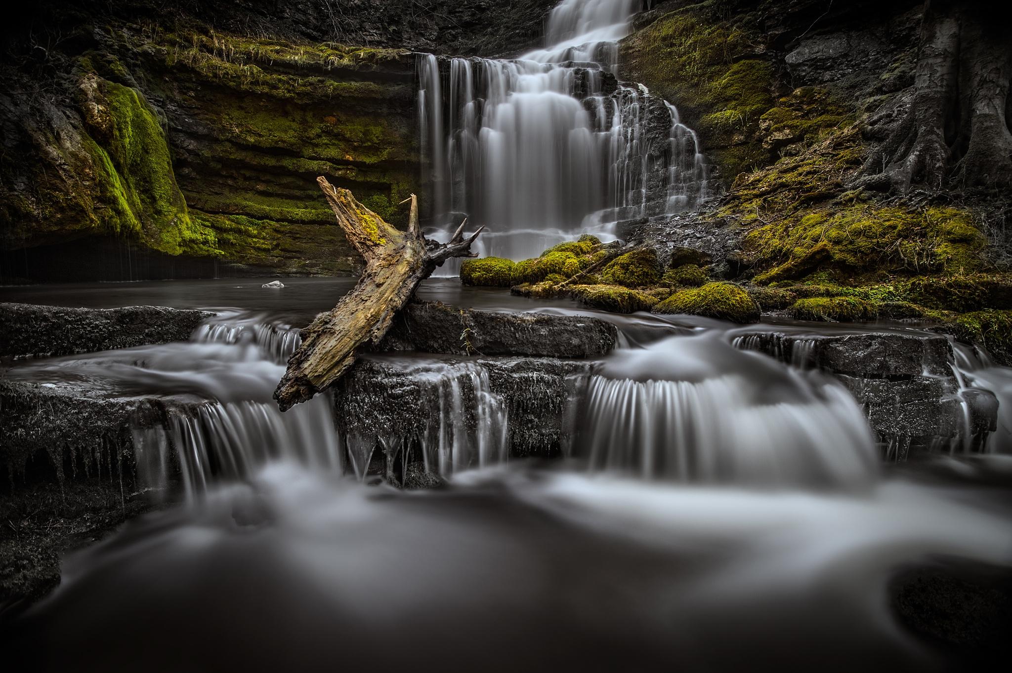 водопад осень вода брызги камни загрузить
