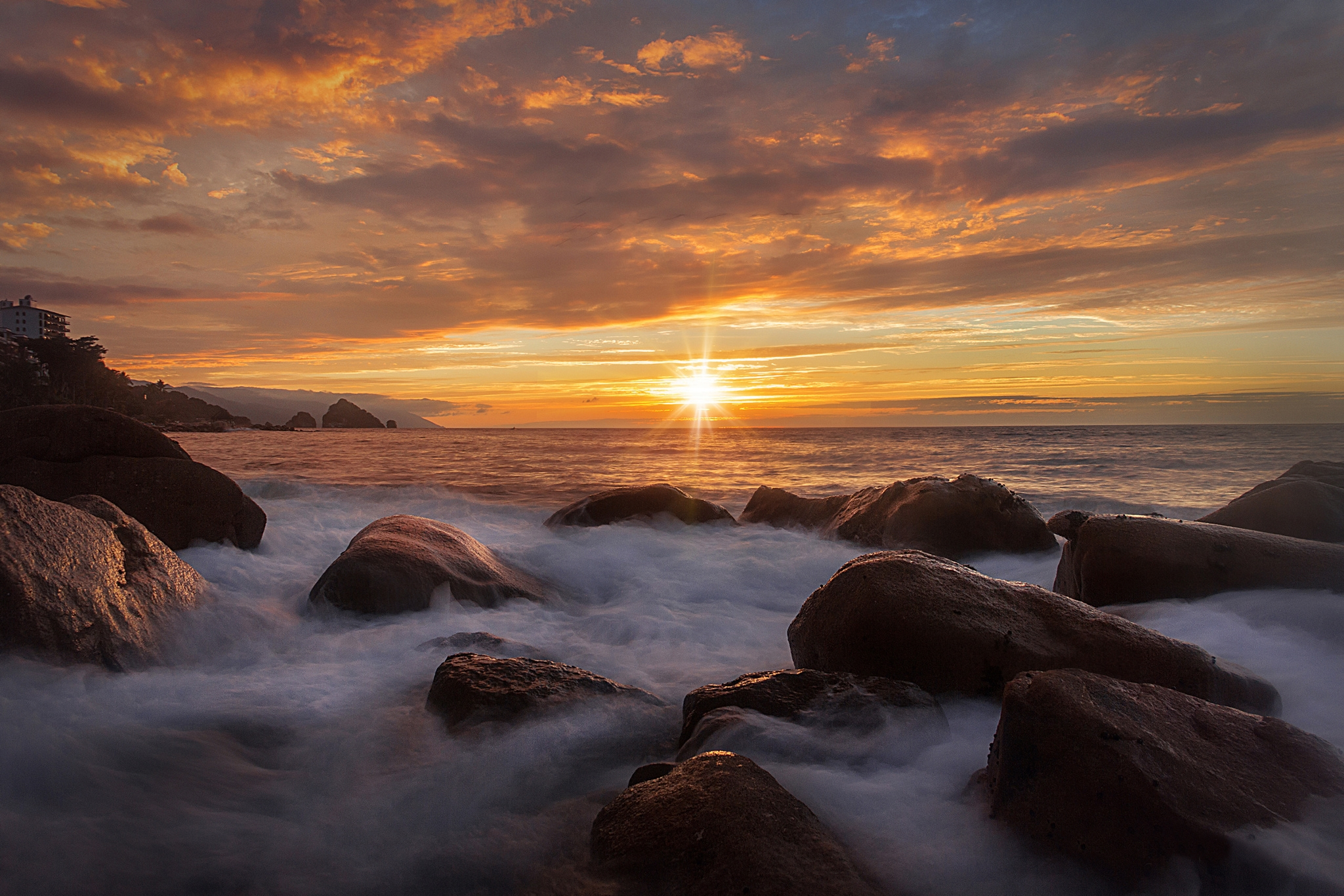 море берег камни закат sea shore stones sunset  № 1033125 без смс