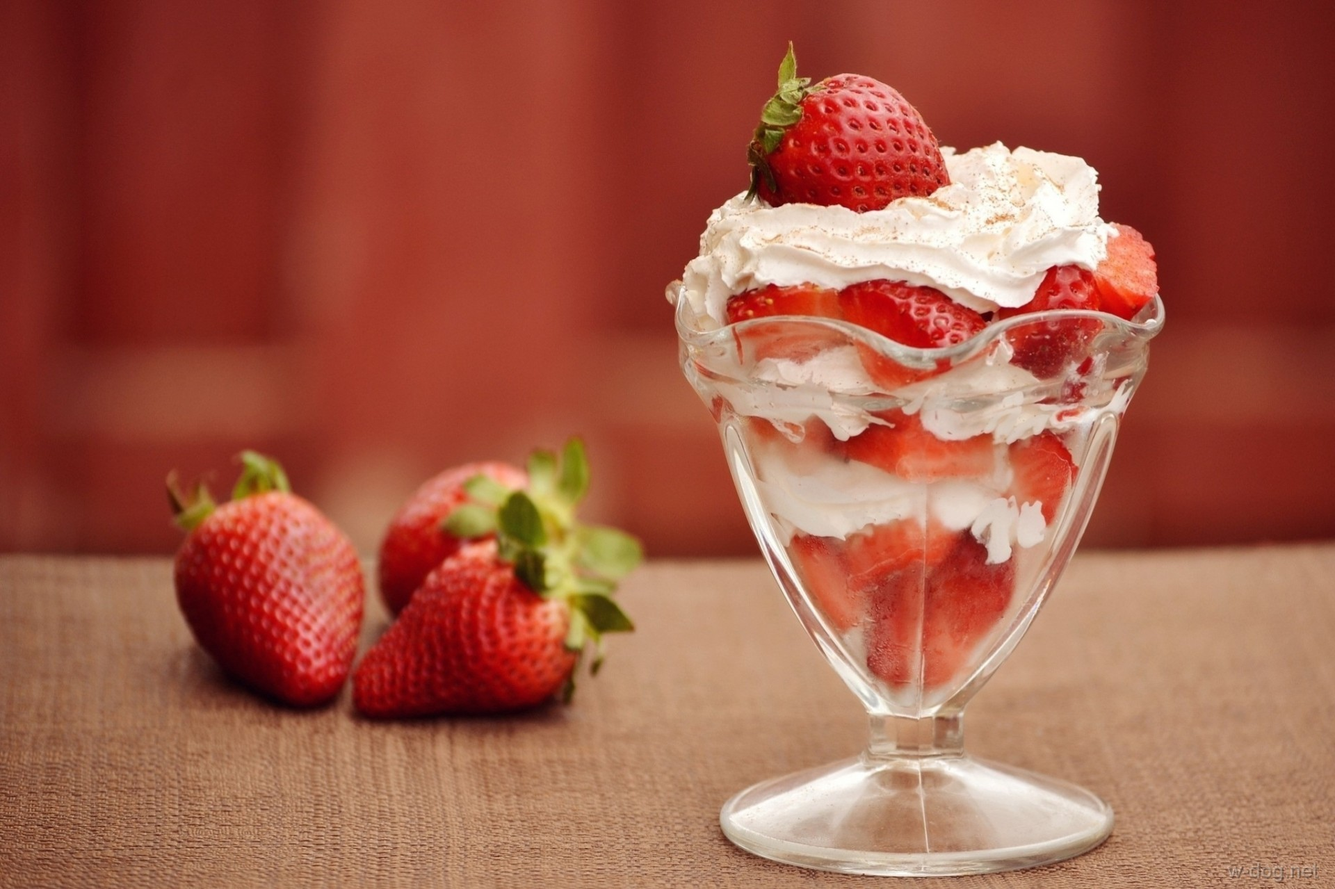 еда клубника лед food strawberry ice скачать
